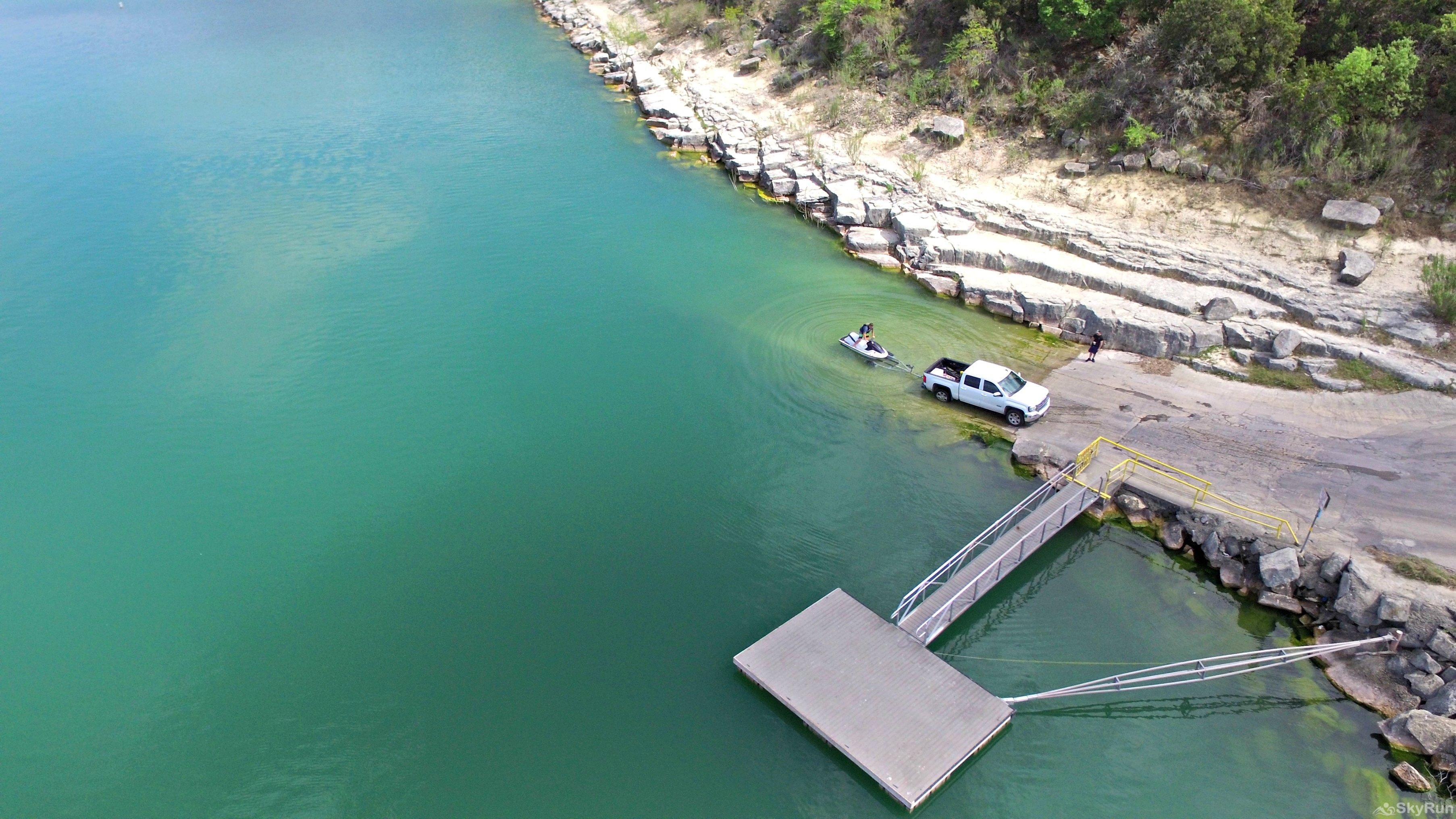 RIVENDELL LODGE Free, public boat ramp