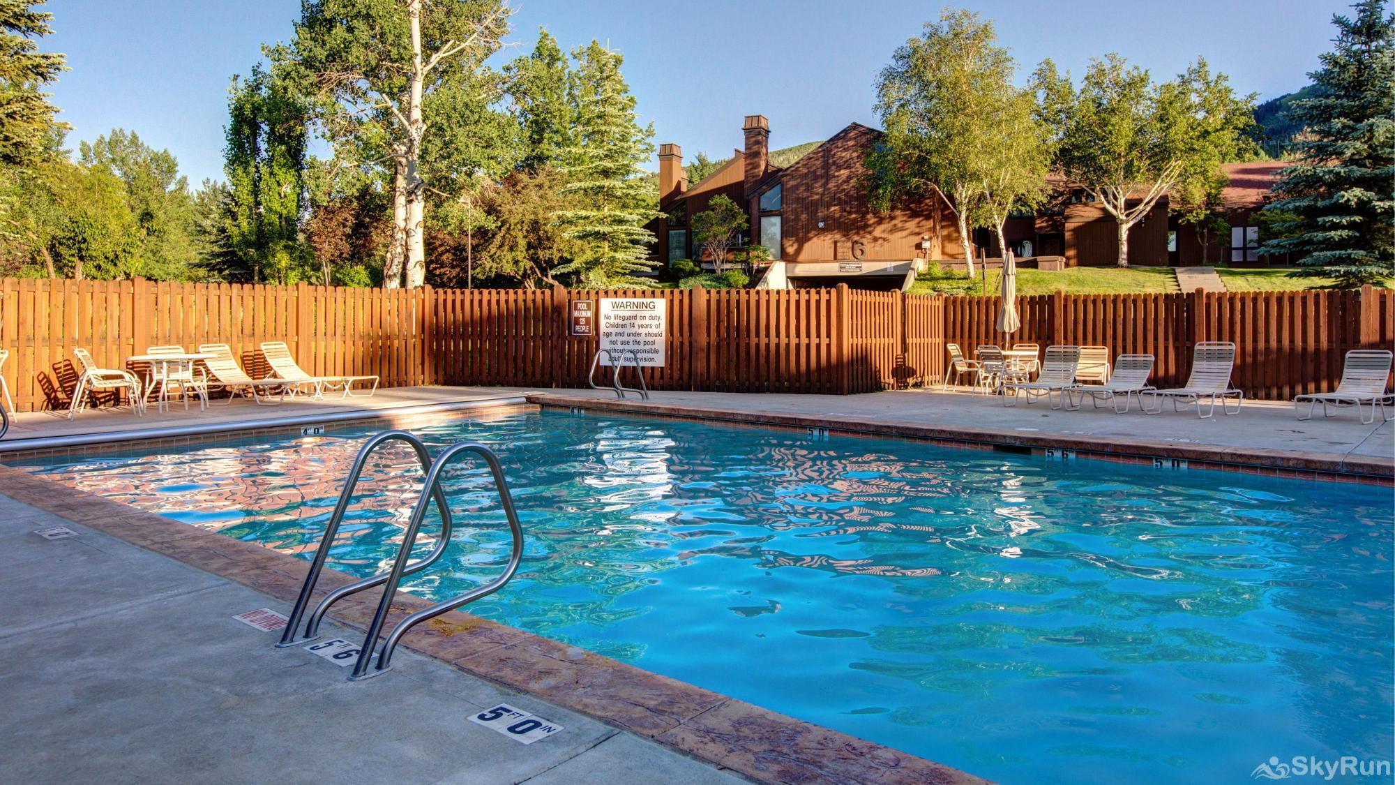 3 Kings Mountain Vista Heated Year Round Pool