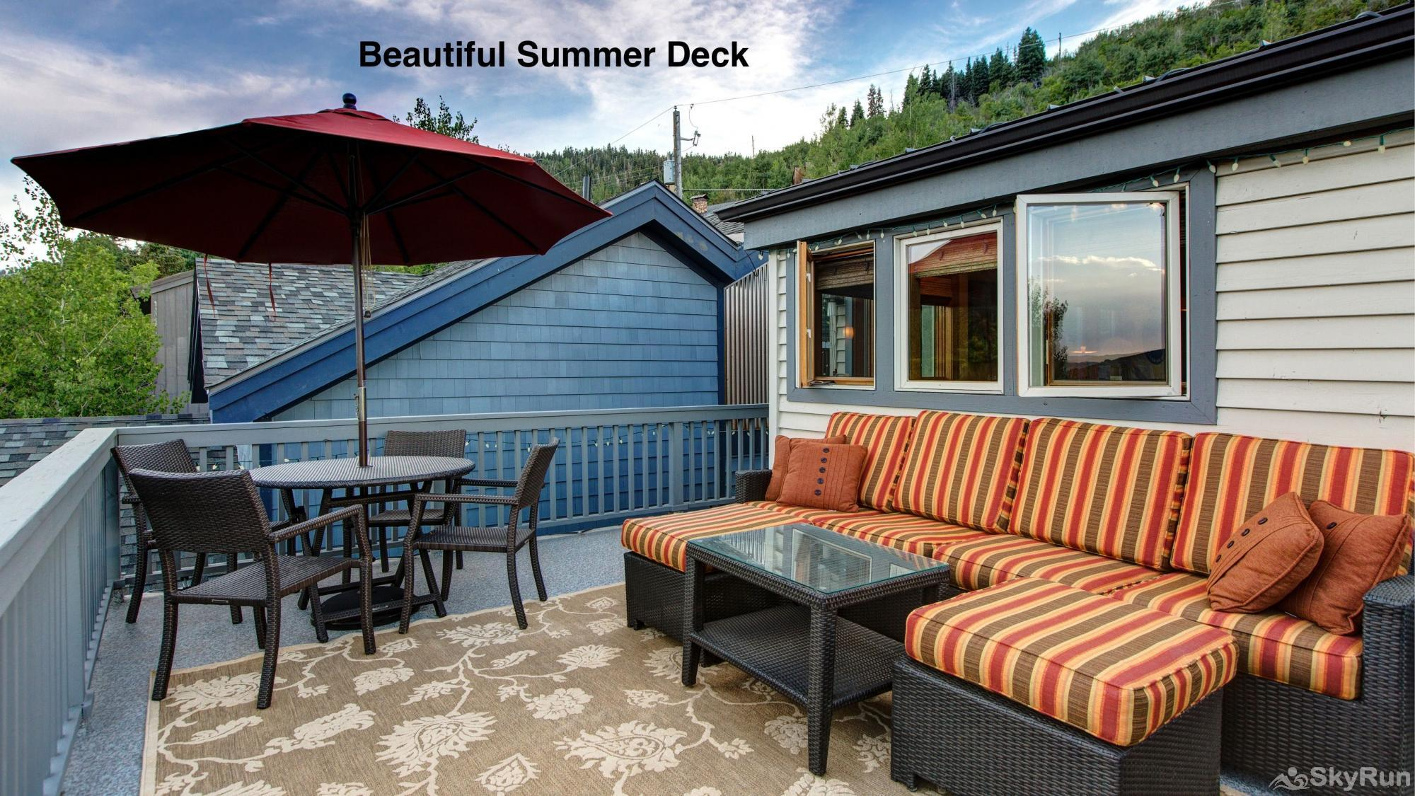 Old Town Lookout 1018L Beautiful Summer Deck
