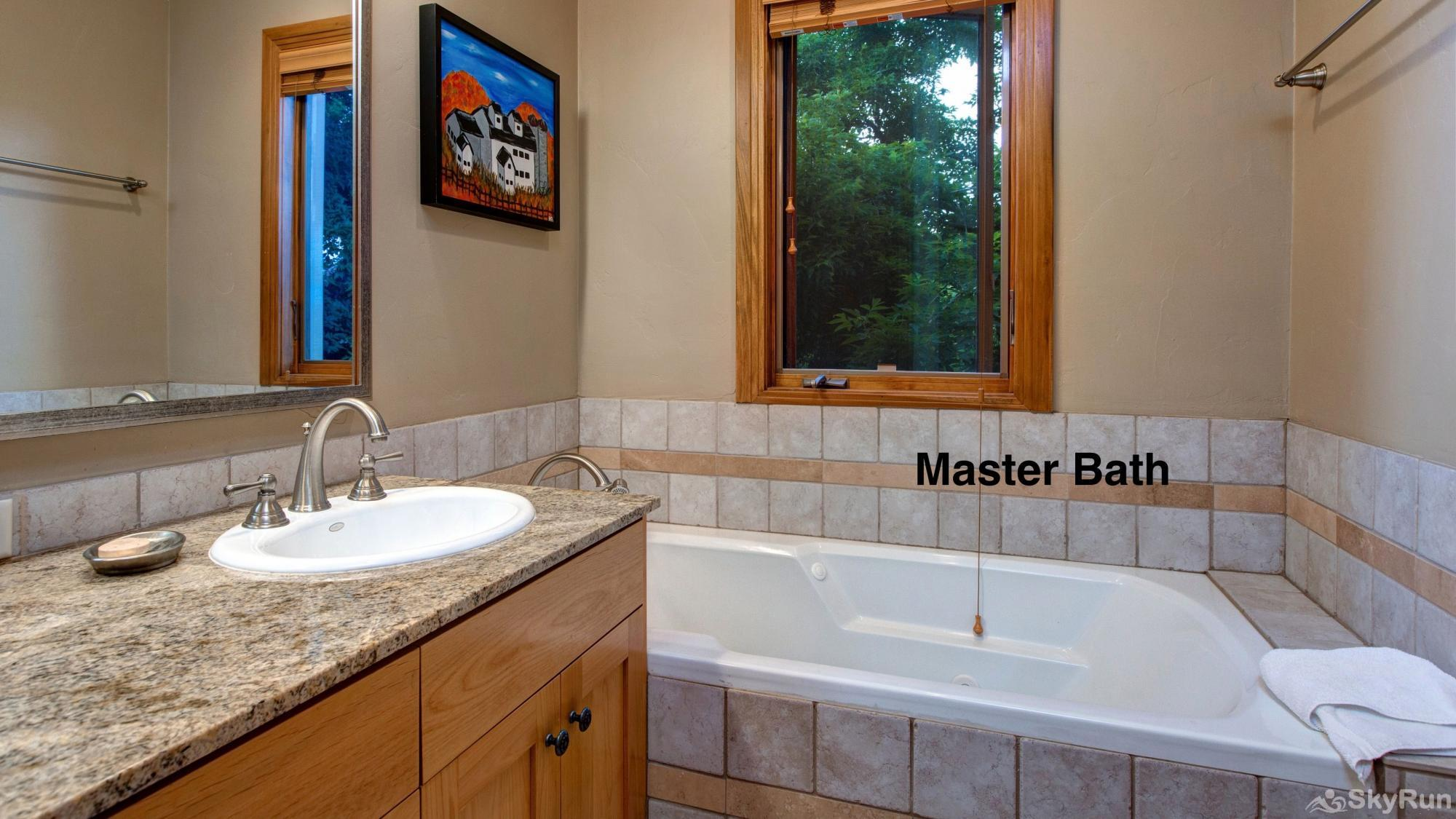 Old Town Lookout 1018L Master Bath