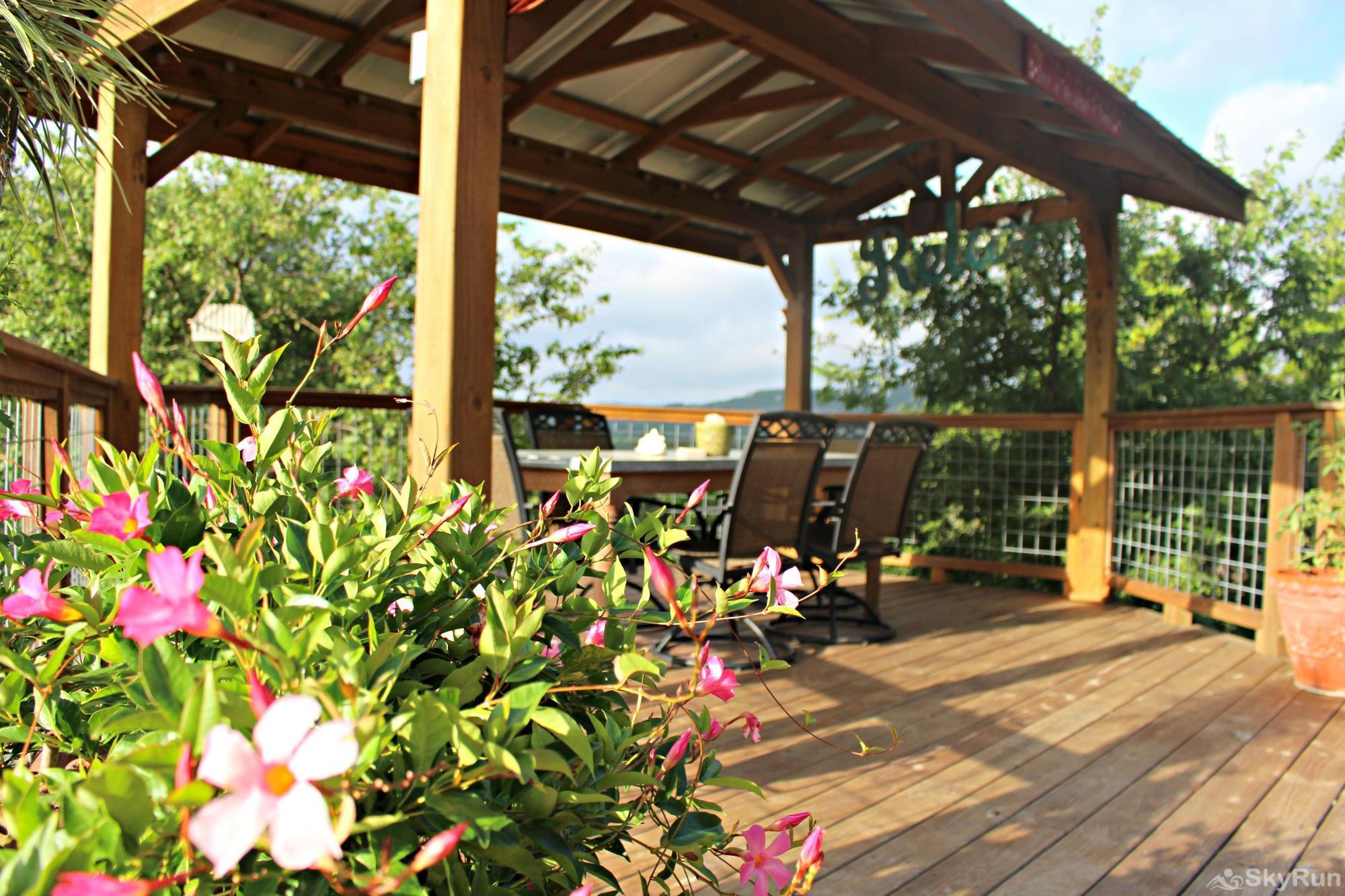 COOLVIEW CABIN Your New Favorite Wimberley Getaway