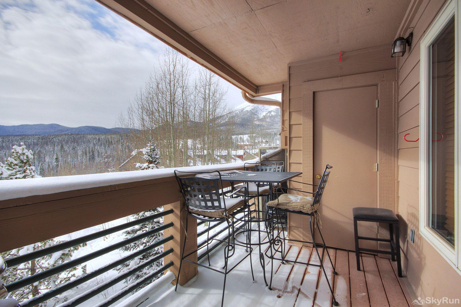 522 Watch Hill Private deck