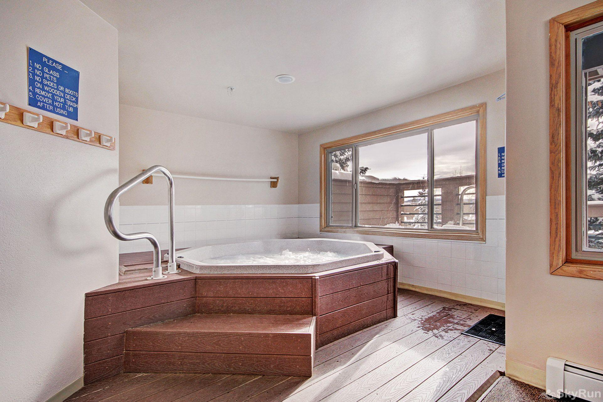 522 Watch Hill Indoor hot tub