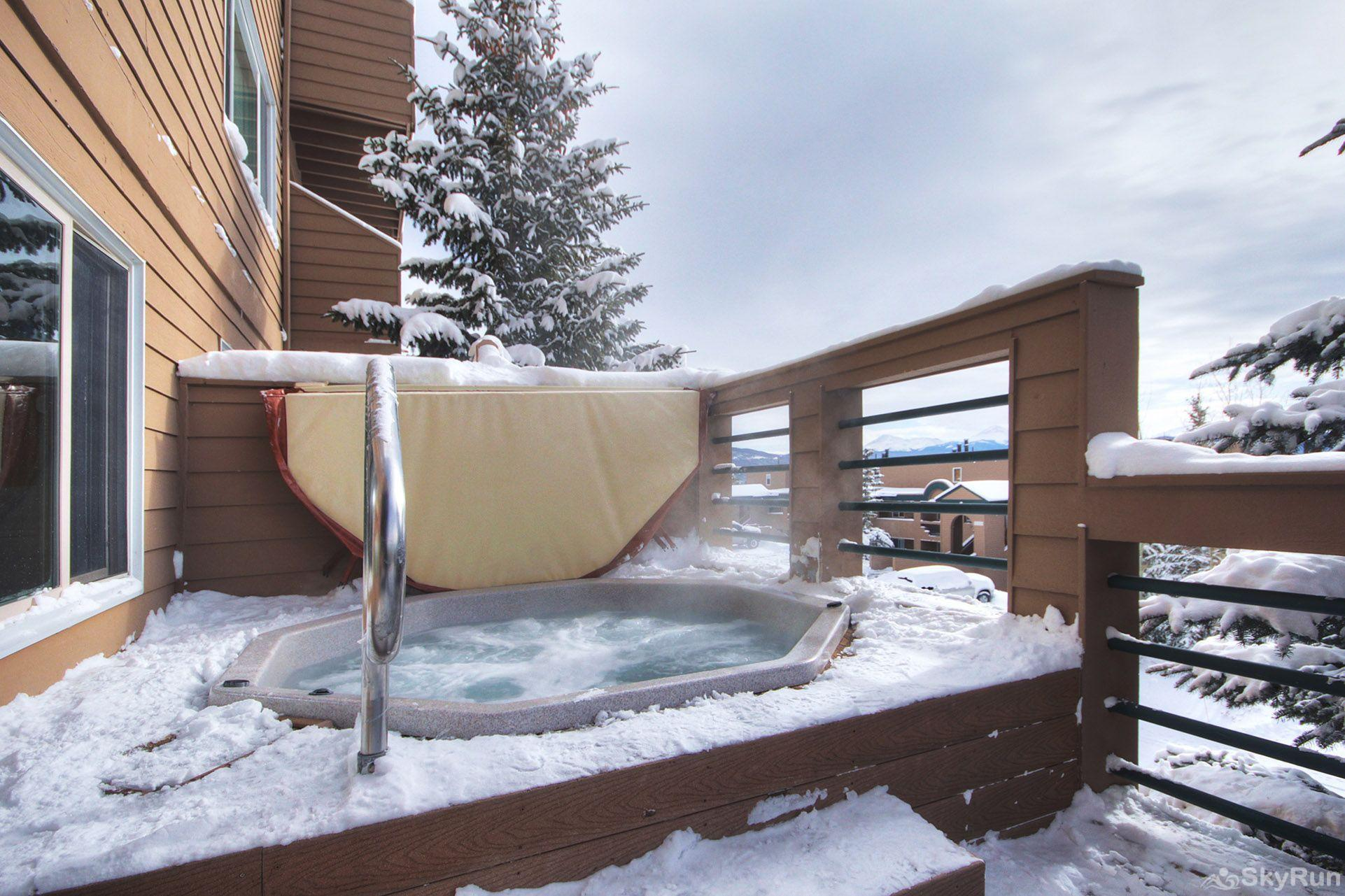522 Watch Hill Outdoor hot tubs with great views