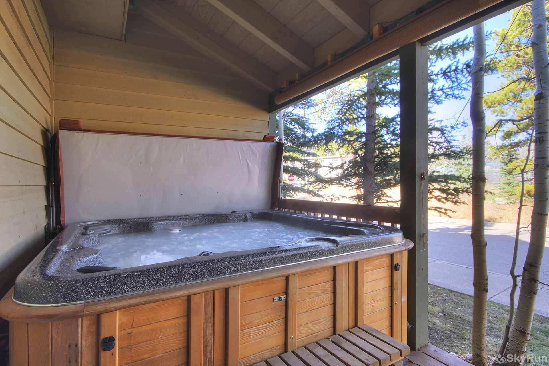 Kingdom Park Retreat Private outdoor hot tub