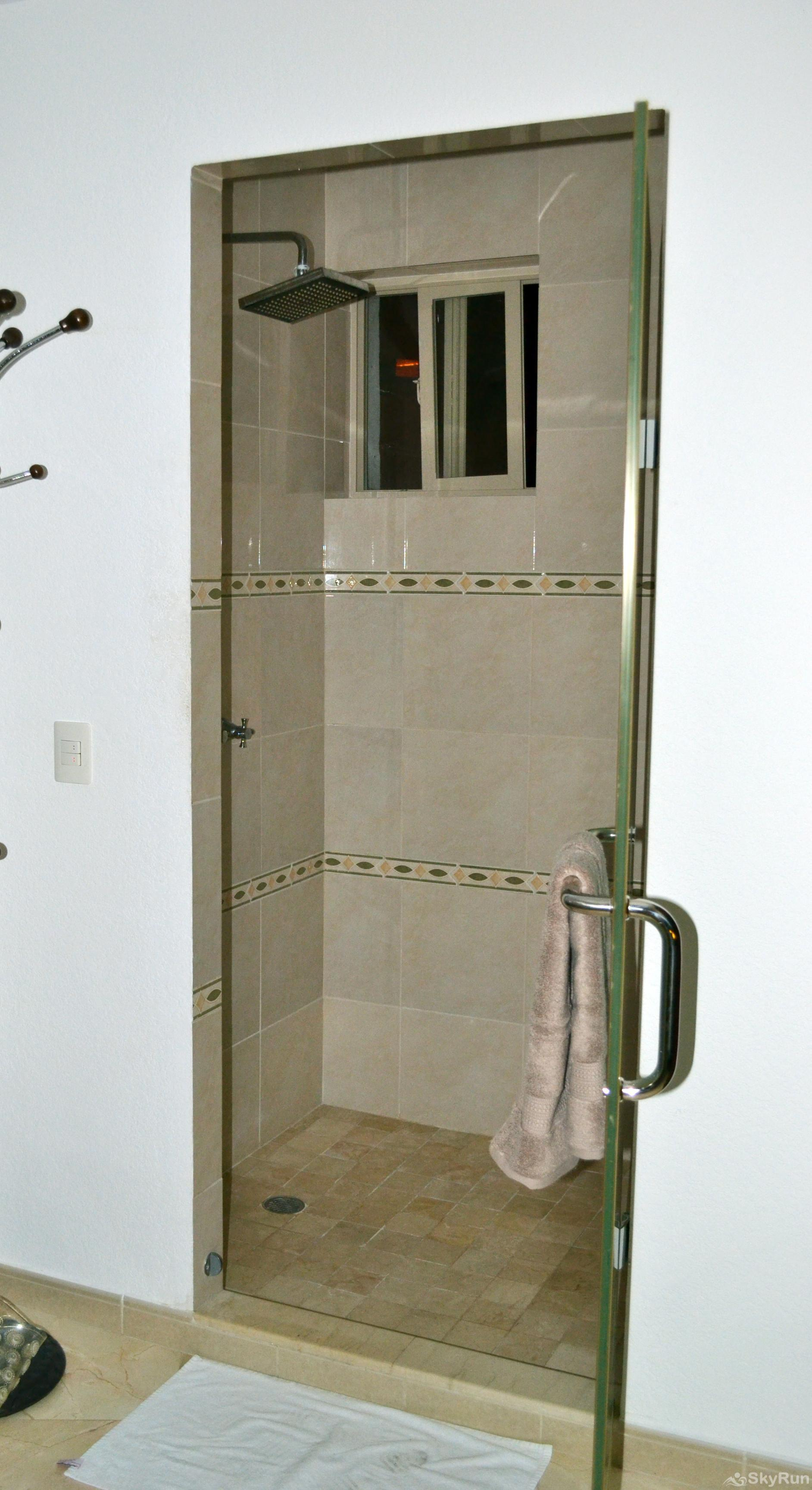 Conchas Chinas Retreat 135 Shower
