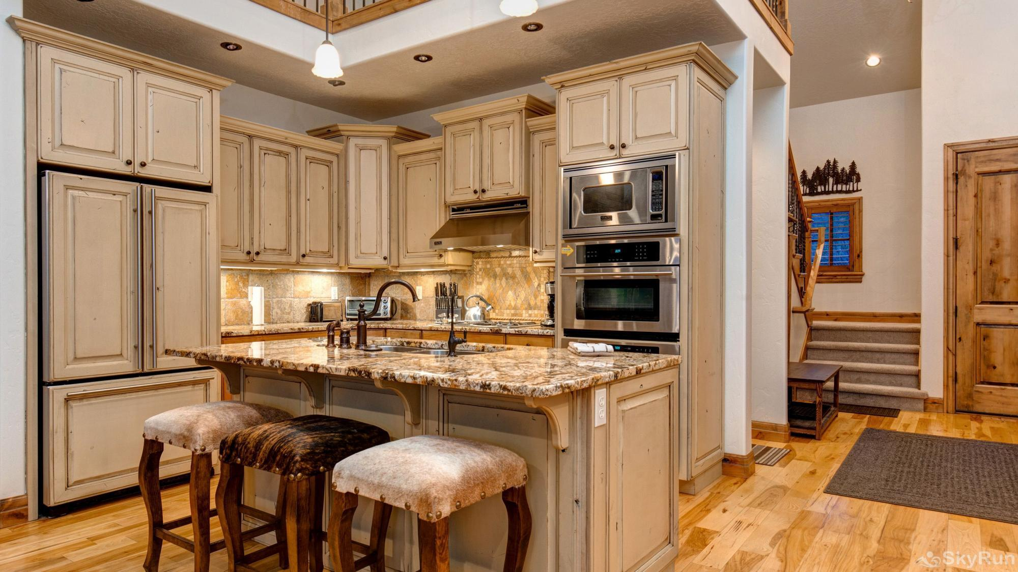 Mountain Home Retreat 1235H Beautiful Kitchen