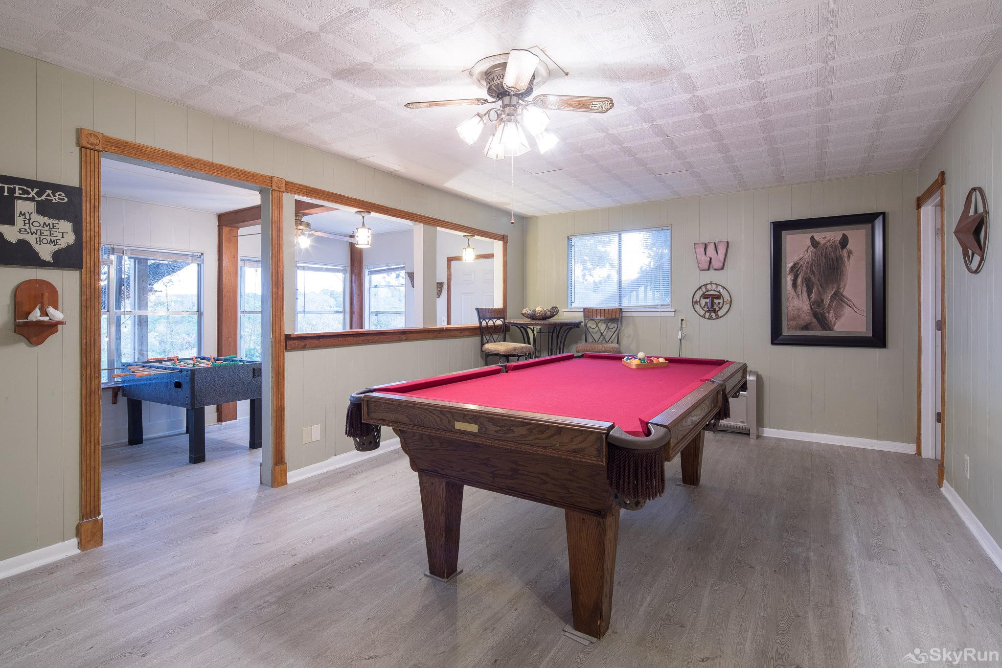 TEXAS ROSE LODGE Full size pool table downstairs