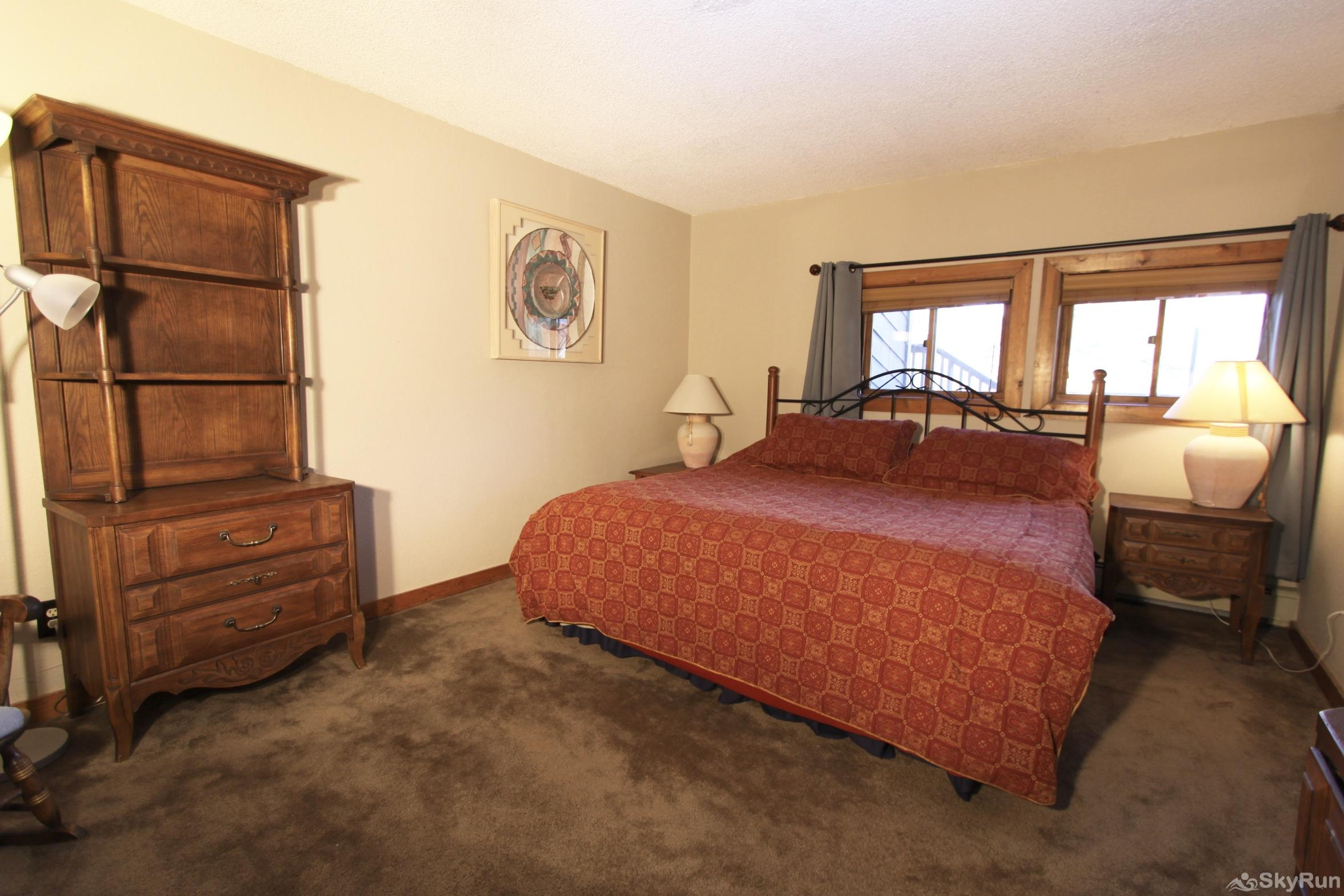 113AB WPTC - Cranmer Rd King Bed in Bedroom #3