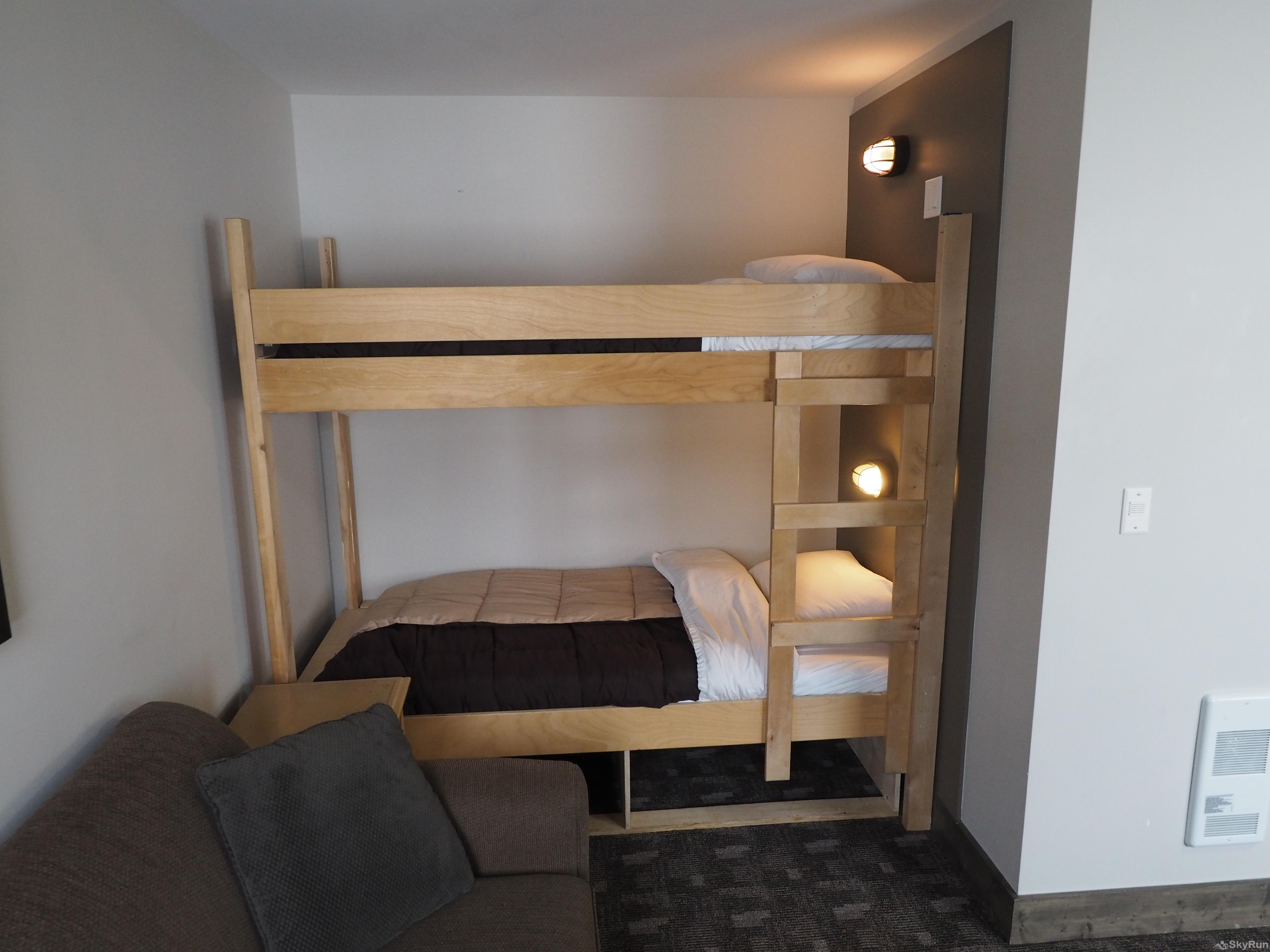 Apex Lodge Standard Room - 7 Bunk Bed