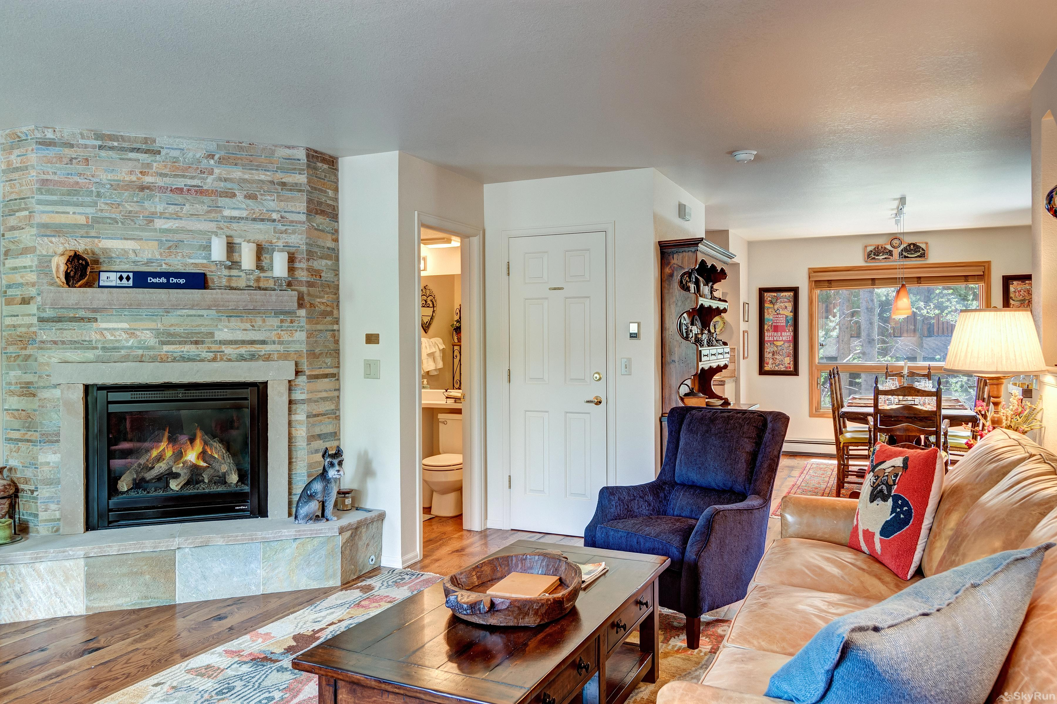 Pine Creek Lodge Open layout with plenty of light