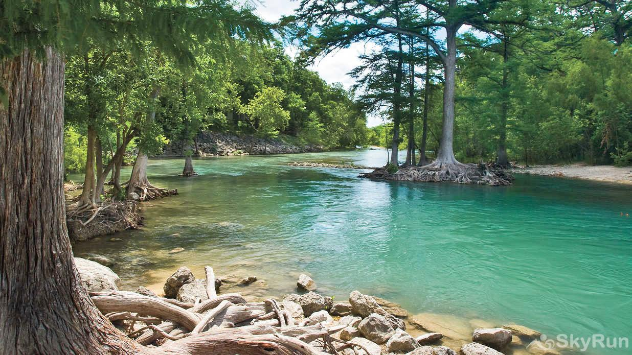 OLD GOAT HOUSE Book Your Guadalupe River Vacation Today!