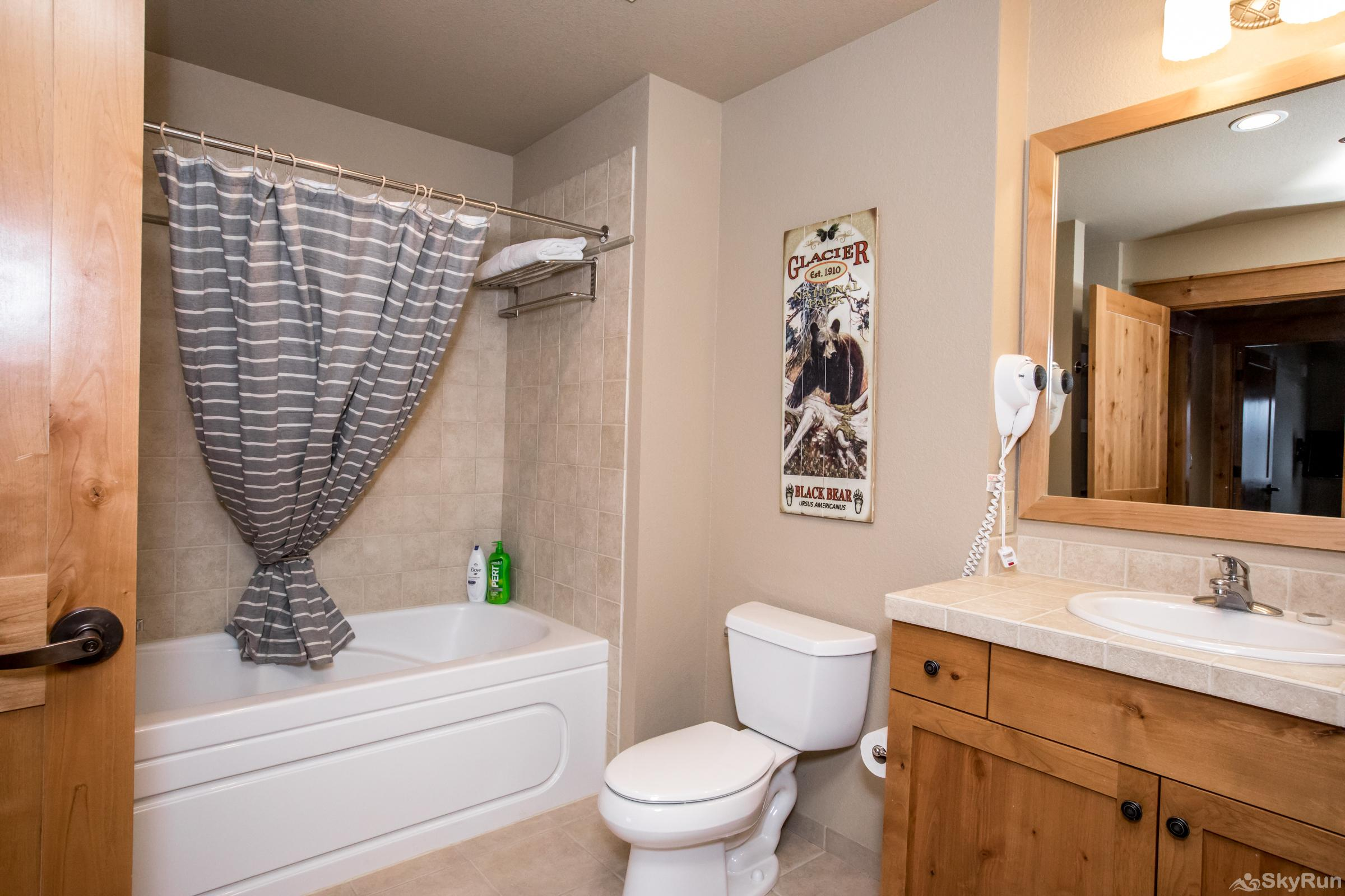 Morning Eagle 411 Second Full Bathroom