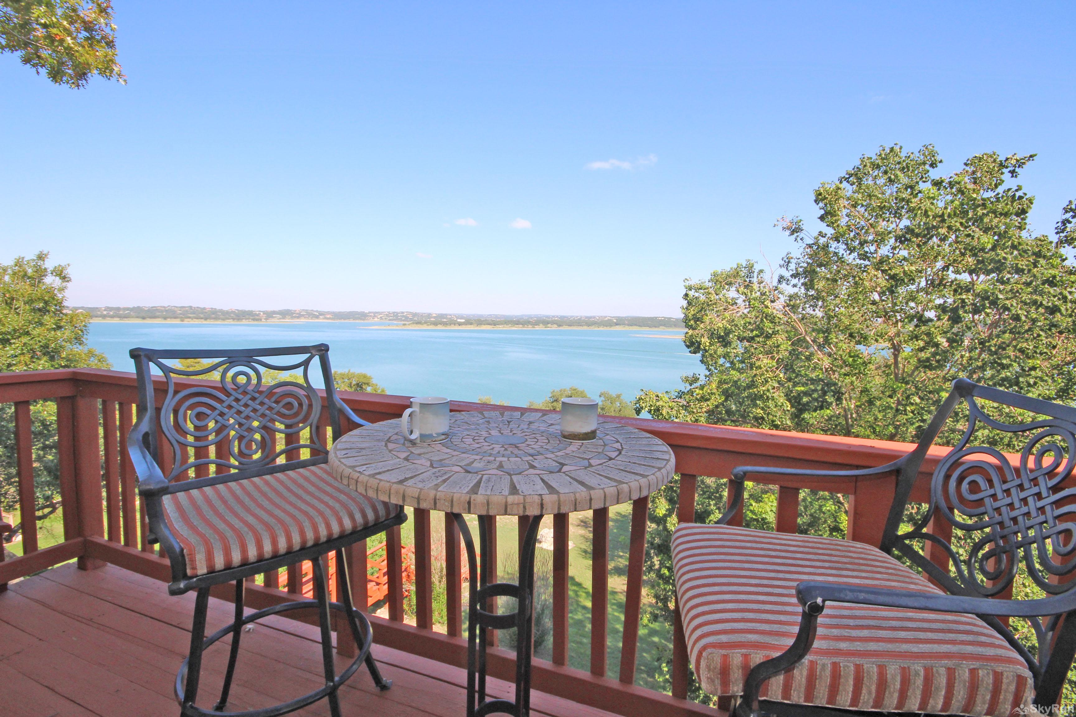 PLAYA DEL SOL Private Master Deck Overlooking Canyon Lake