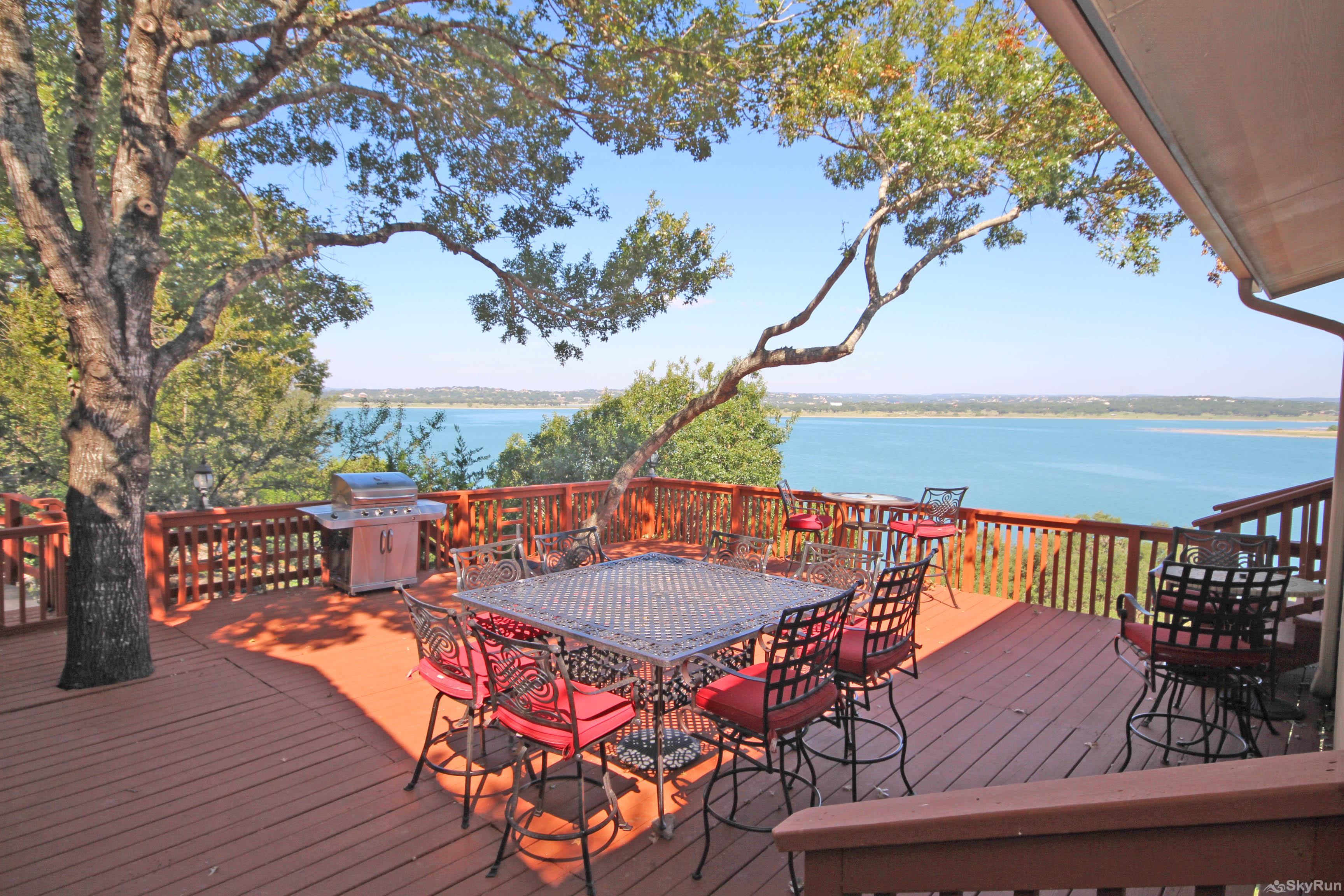 PLAYA DEL SOL Large Deck with Excellent Lake Views