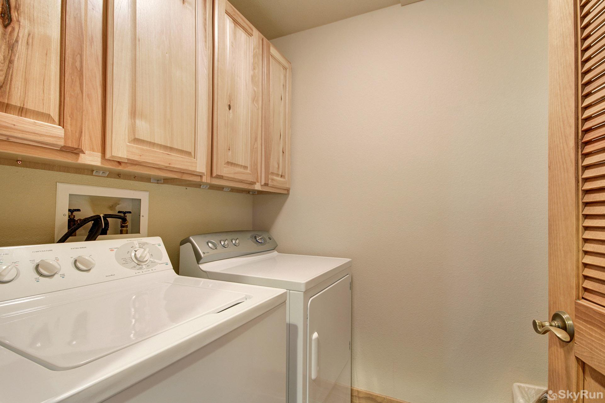 2326 Red Hawk Townhomes In-Unit Washer and Dryer