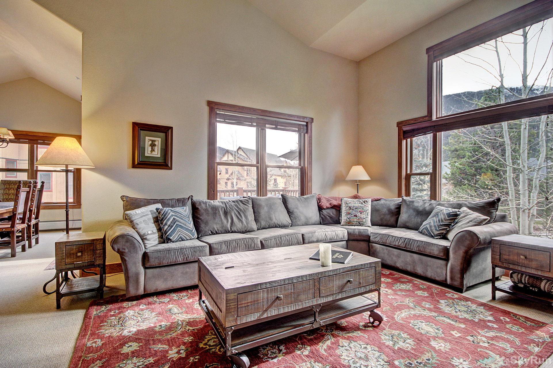 2326 Red Hawk Townhomes Living Room