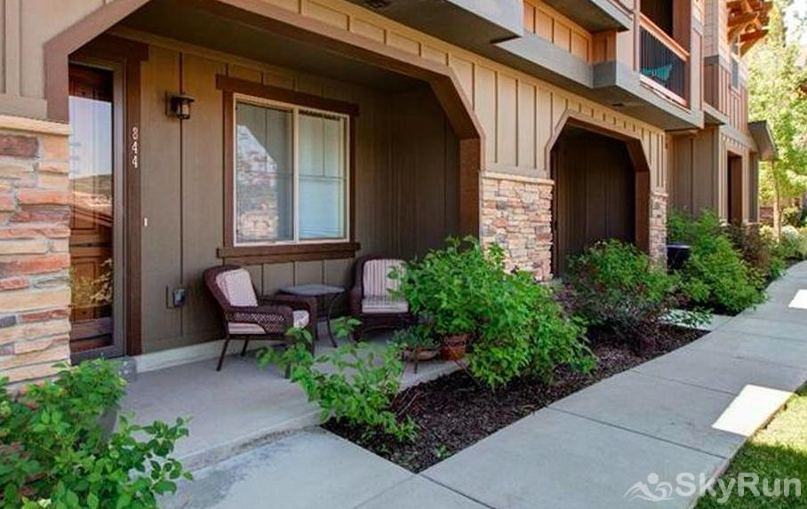 Lovely 2 Bed 2 Bath Ski Townhome Entry