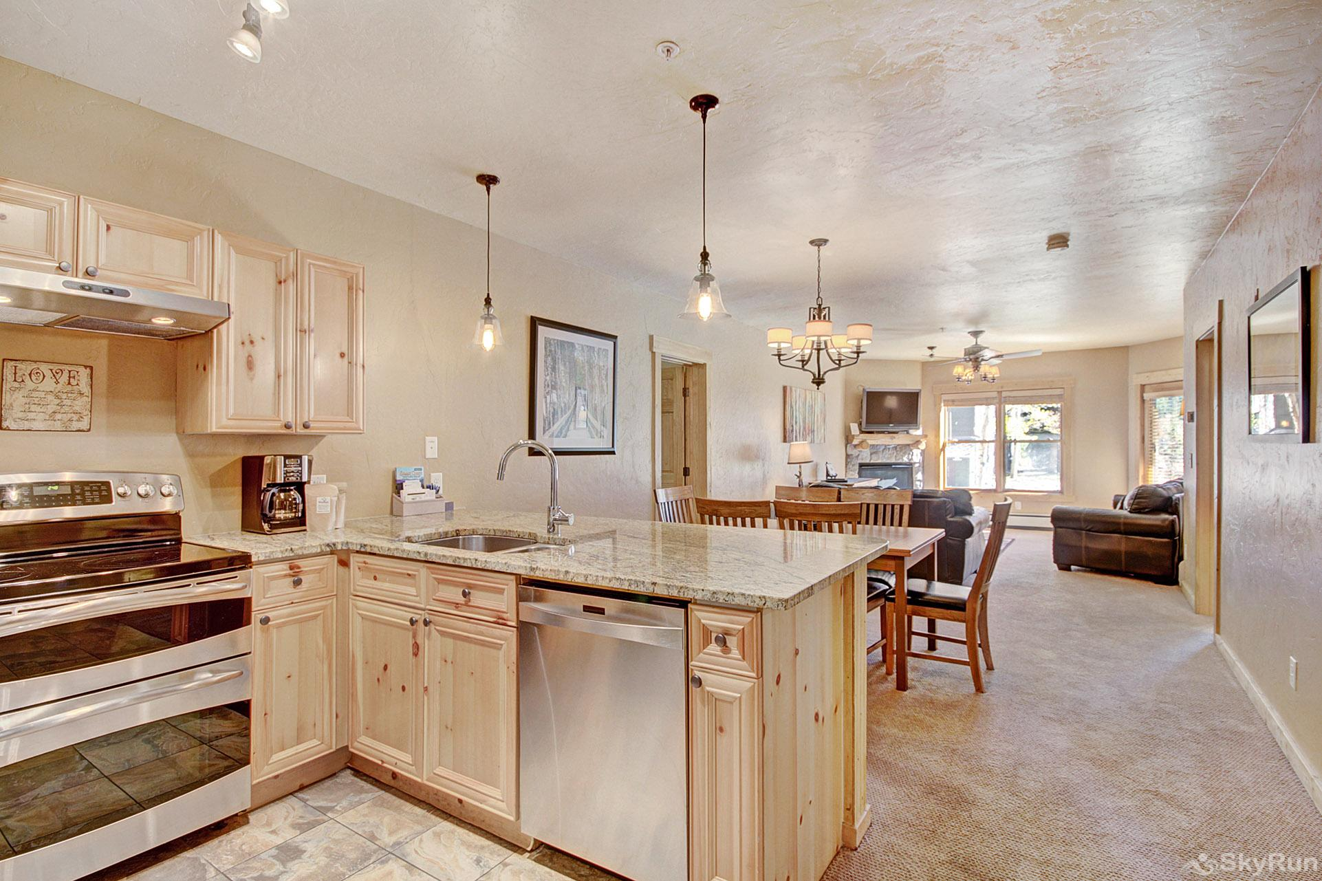2609 Tenderfoot Lodge Kitchen and Living Room