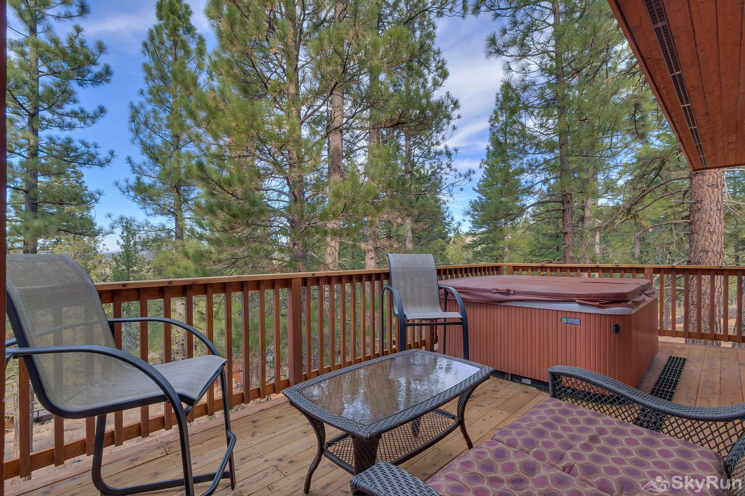 Northstar Conifer Luxury Home Deck, Spa, Seating