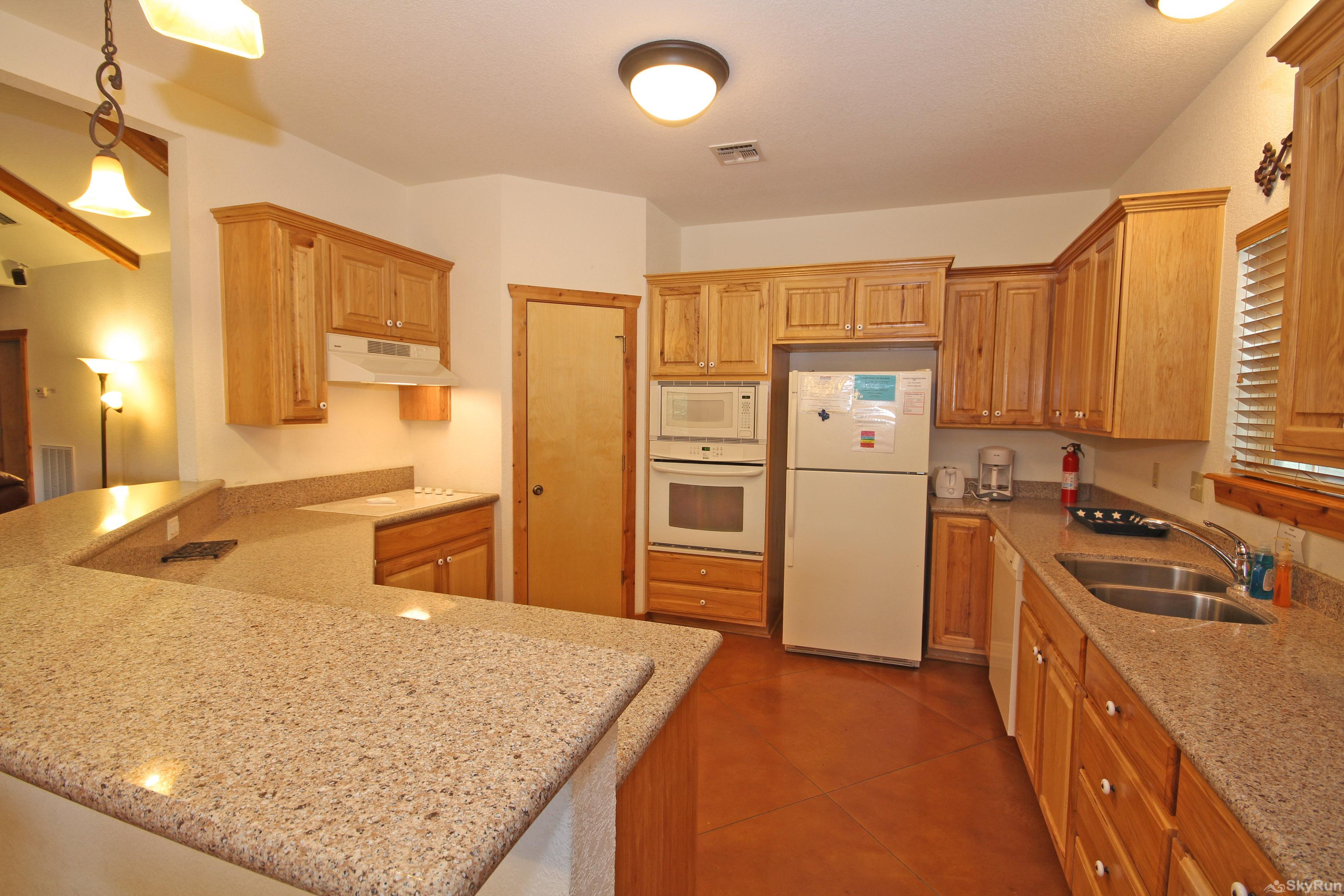 MARICOPA RIVER RESORT Fully Equipped Kitchen