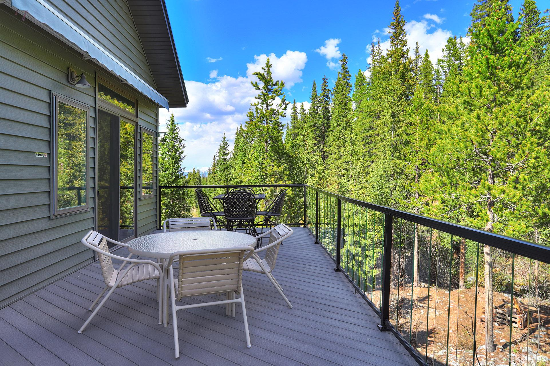 Twin Creek Lodge Enjoy the fresh air while relaxing on your private back deck