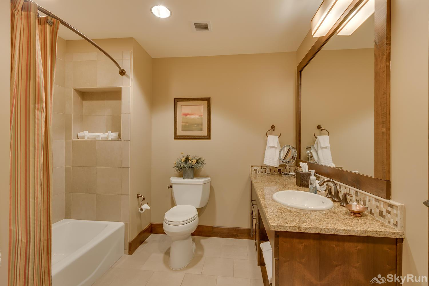 Sierra Range Northstar Lodge Luxury Condo Guest Bathroom 3