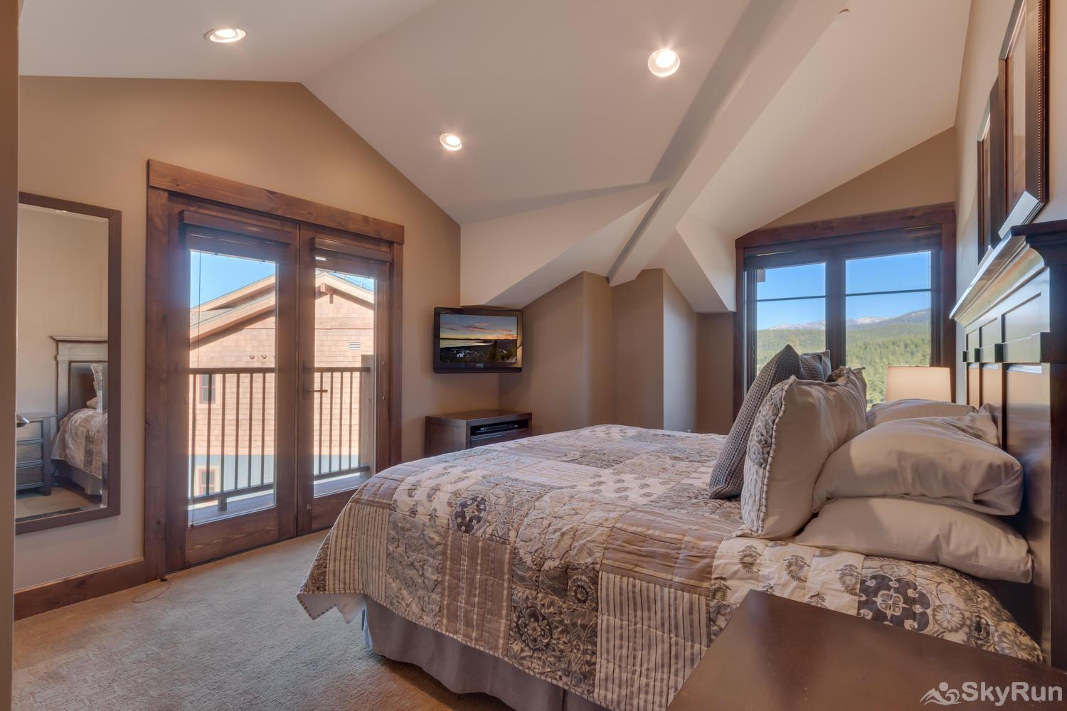 Sierra Range Northstar Lodge Luxury Condo Master En-suite 2