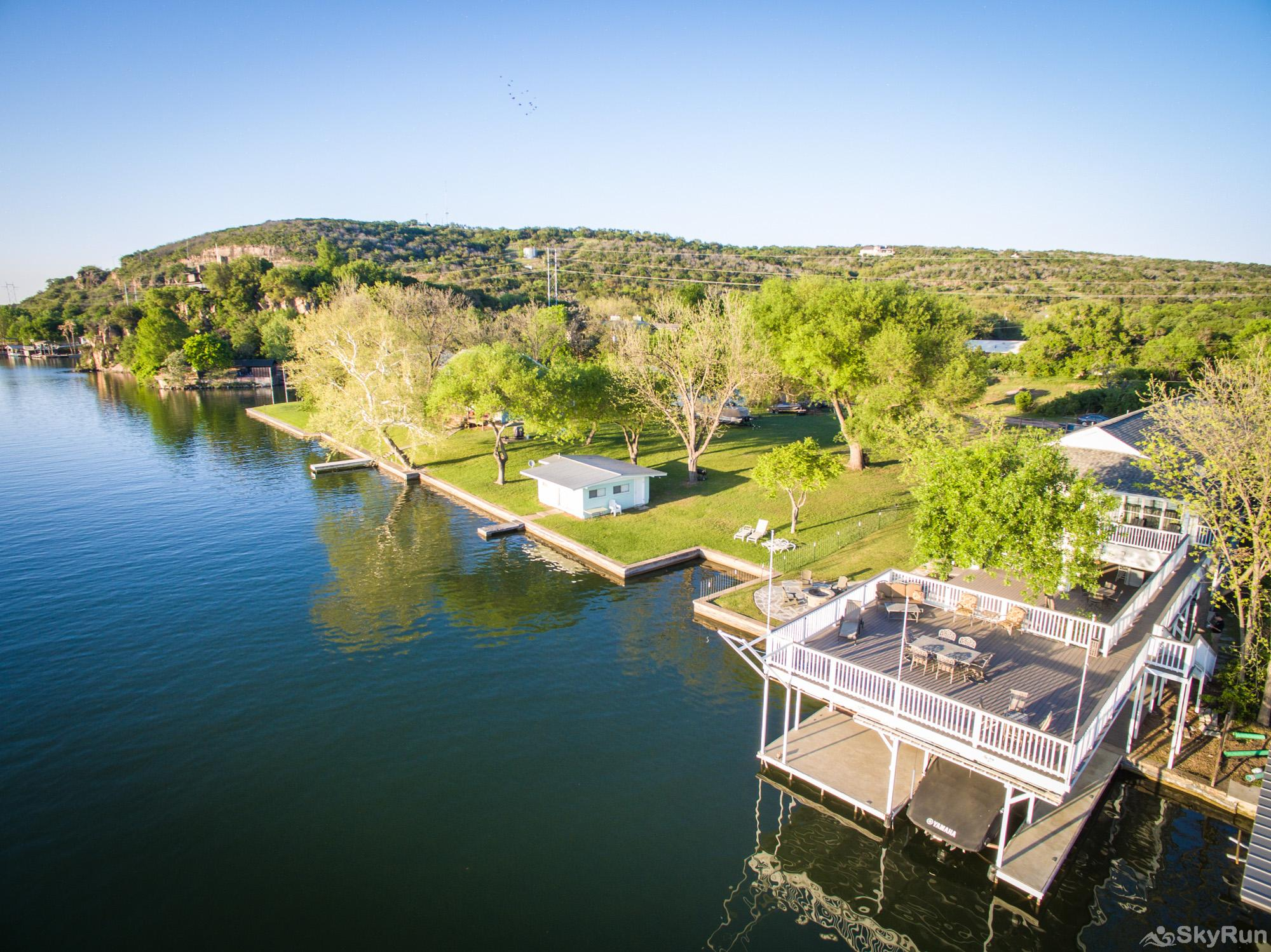 PARADISE POINTE Come and Enjoy Lake LBJ