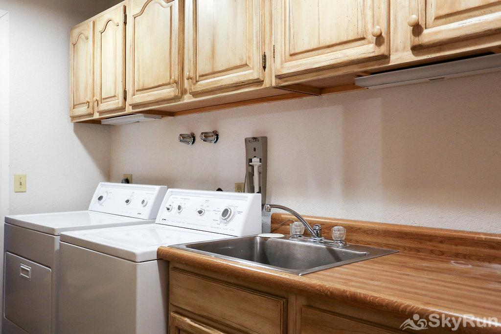 711 Spruce St. 6BR Laundry Room