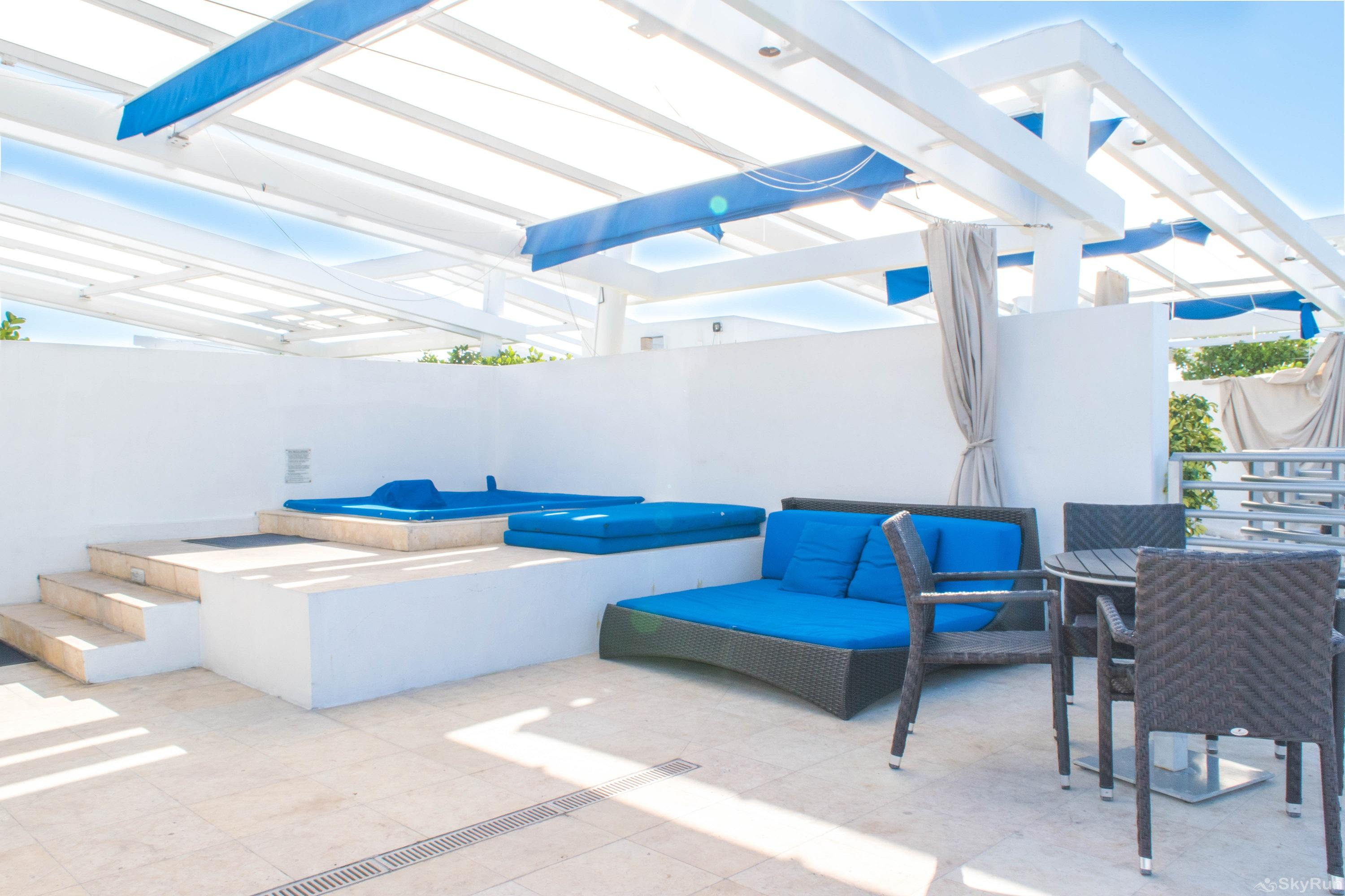 Penthouse De Soleil South Beach - on Ocean Drive Miami Beach ROOFTOP TERRACE