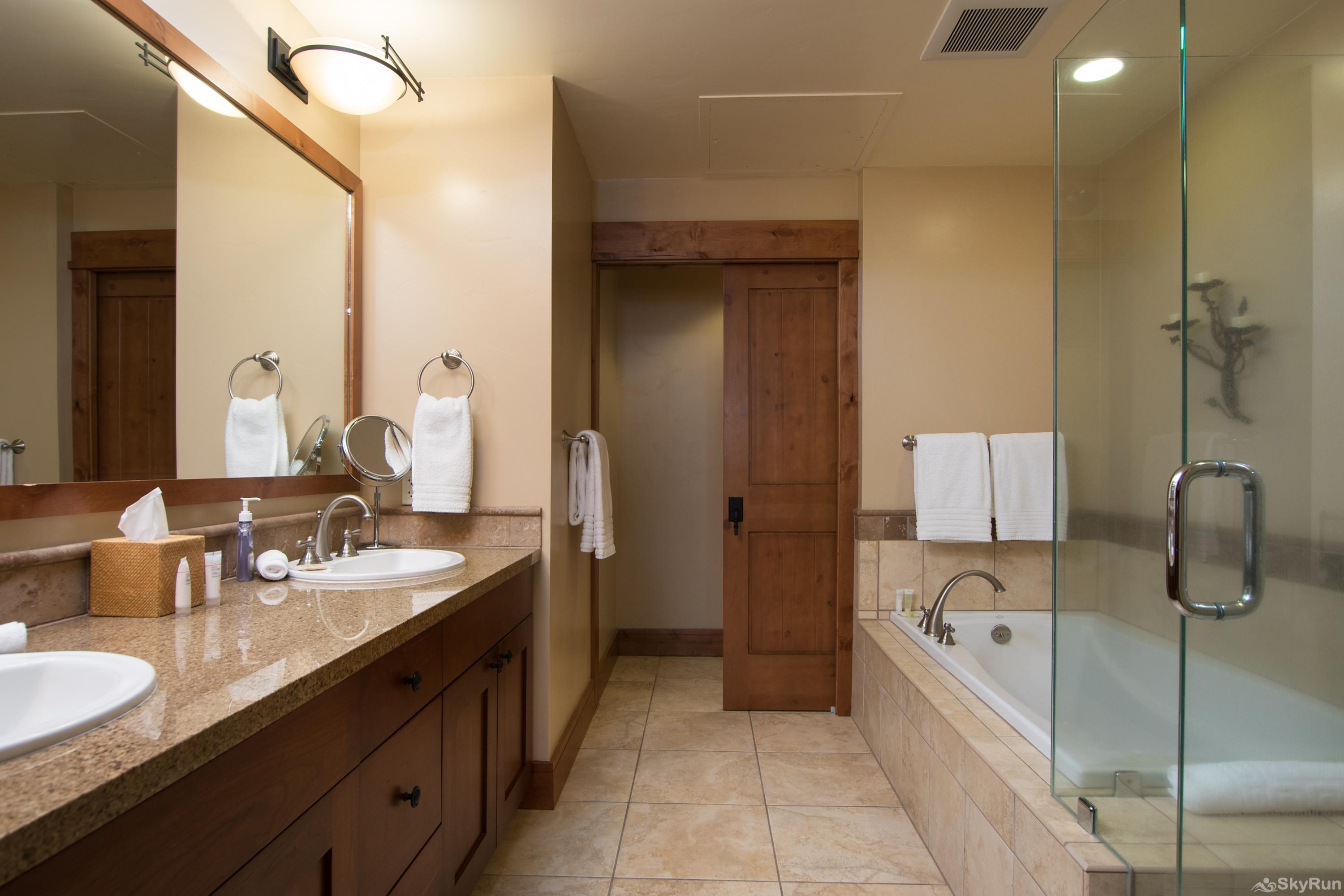Catamount 306 - In the Heart of Northstar Resort Master King Suite: Luxury Bathroom