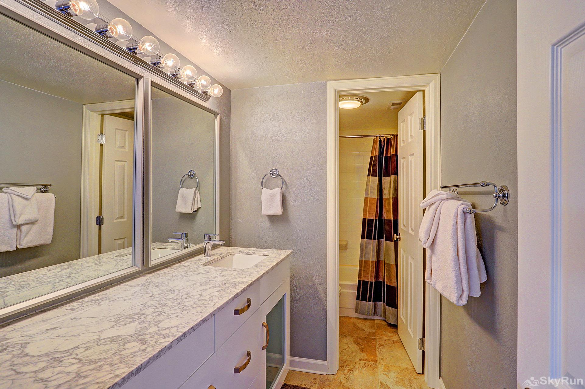 Ski and Racquet Club B106 Private master bedroom ensuite bath