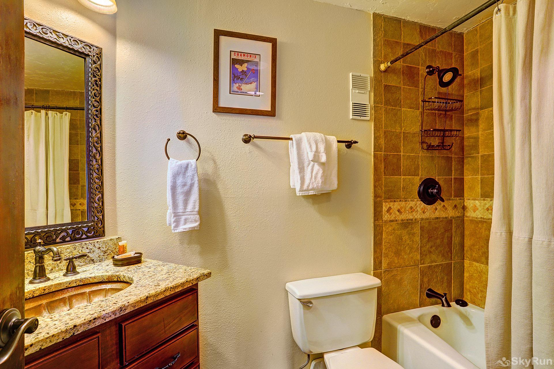 Powderhorn C202 Shared full bathroom