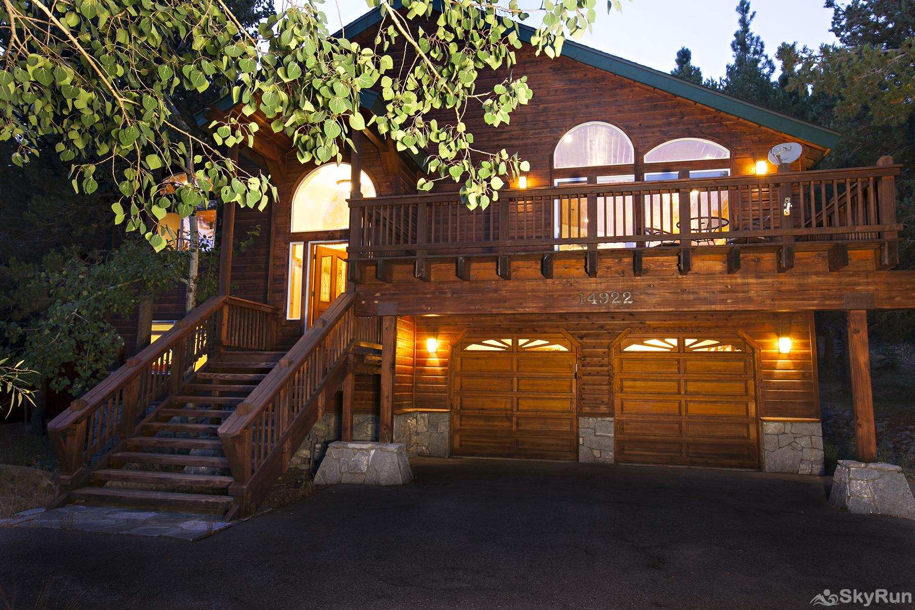 Alder Creek Mountain Home at Tahoe Donner Beautiful front exterior view with large deck