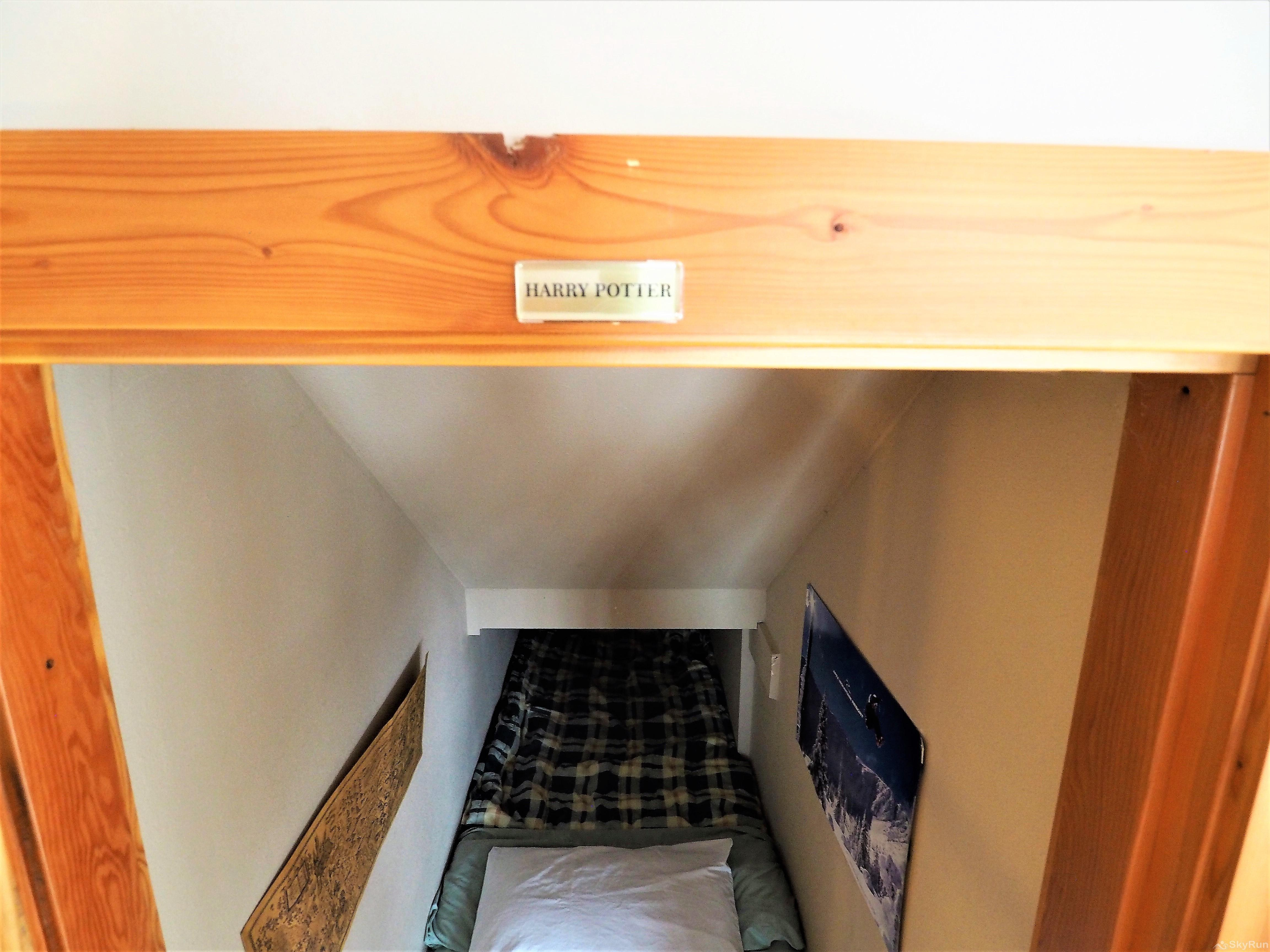 Apex Roost Guest Suite 'Harry Potter'
