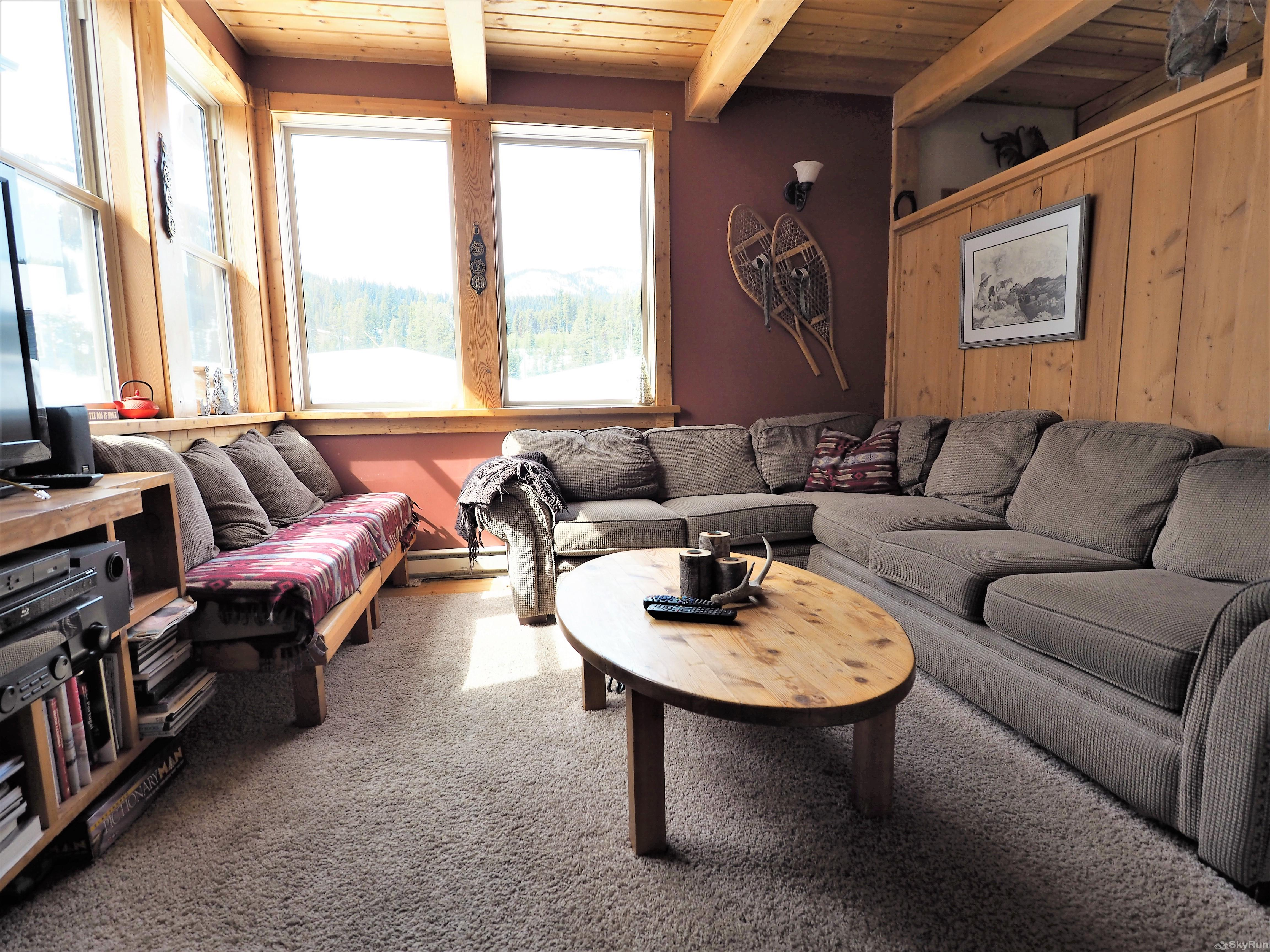 Wildside at Apex The living room helps to create a true ski cabin feel