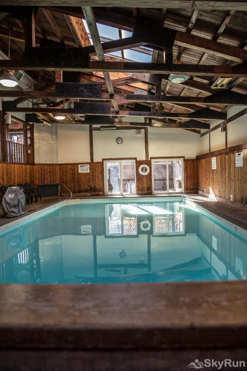 Stowe Mountainside Condo Beautiful year-round indoor pool