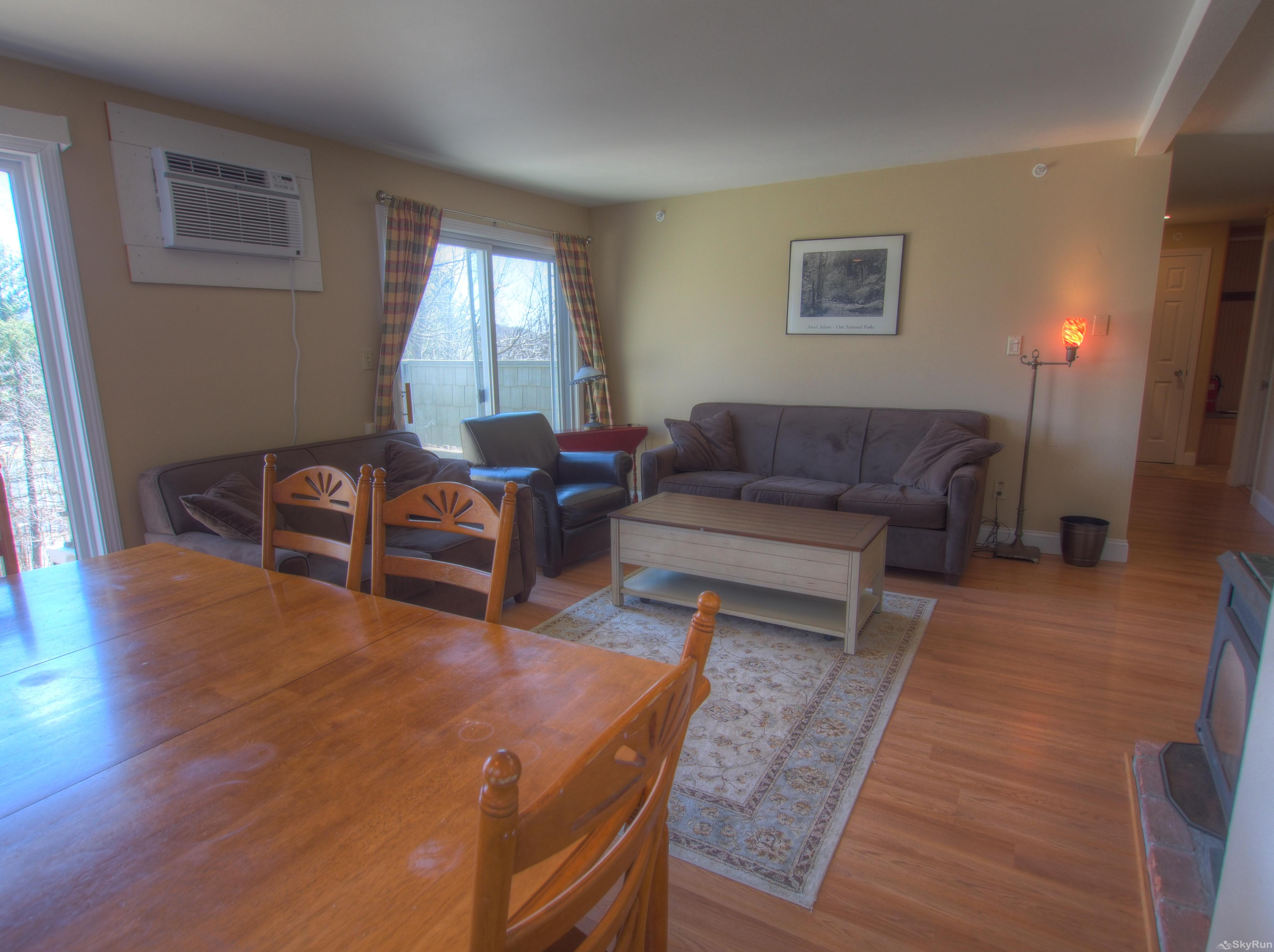 Stowe Mountainside Condo Open dining area to living room