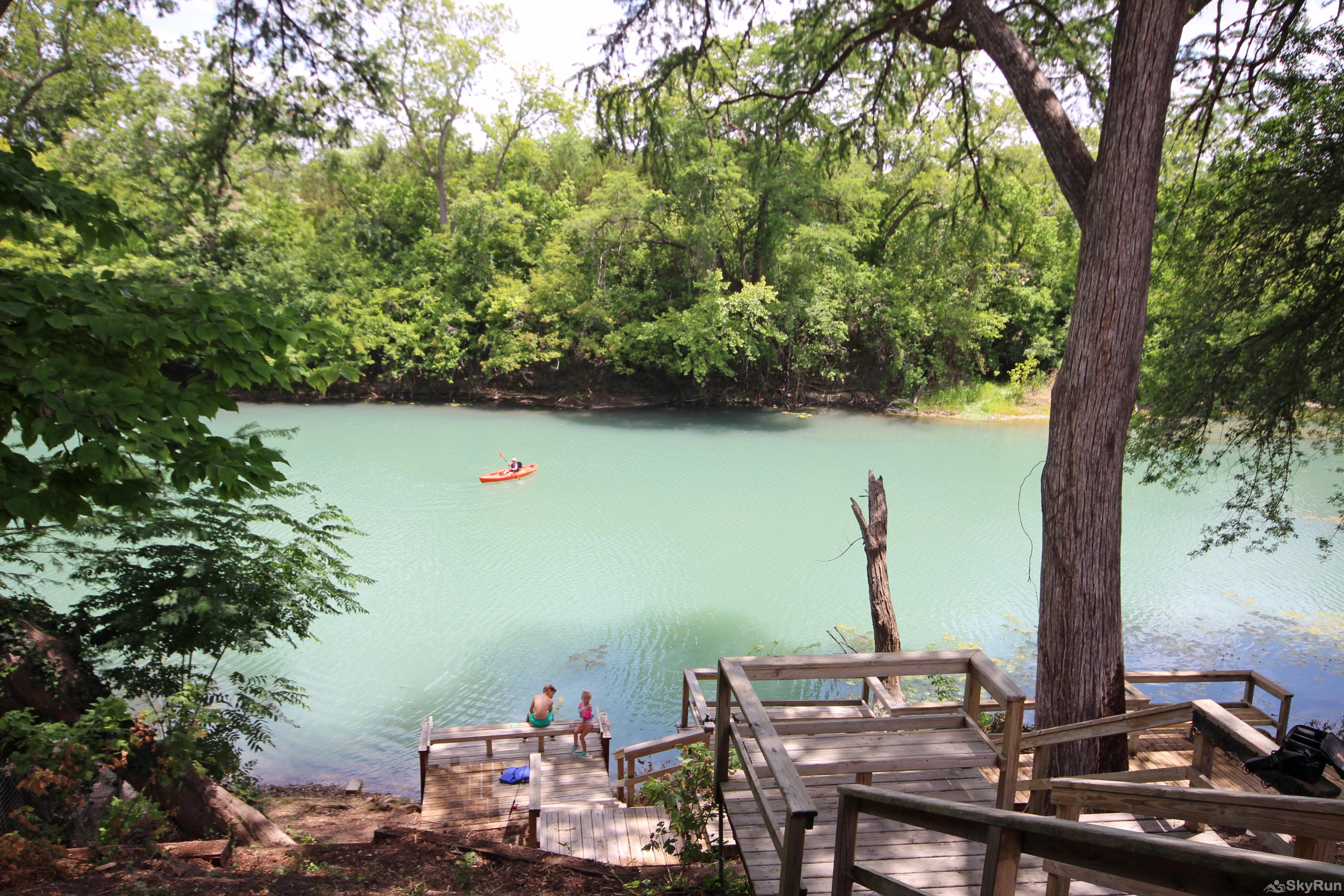 MAVERICK'S RIVER HAUS & GUEST HAUS Perfect place to paddle, swim, and play!