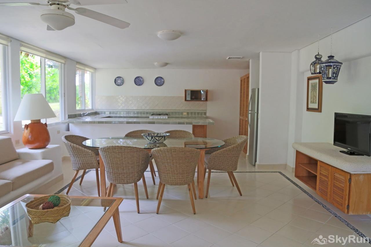 Stunning Beachfront Villa at Akumal, exclusive area north of Tulum Kitchen Essentials