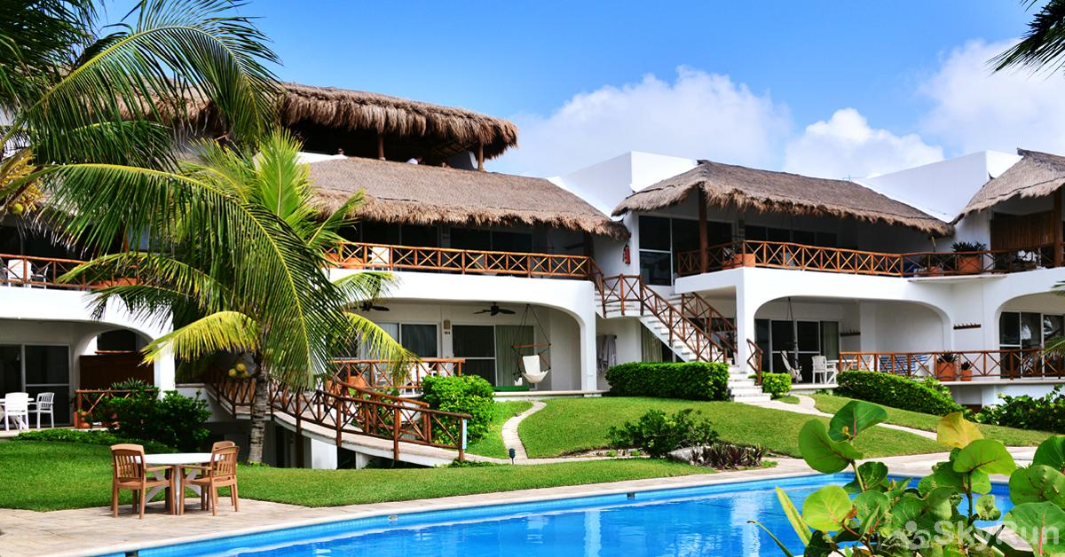Stunning Beachfront Villa at Akumal, exclusive area north of Tulum SkyRun Beachfront Villa