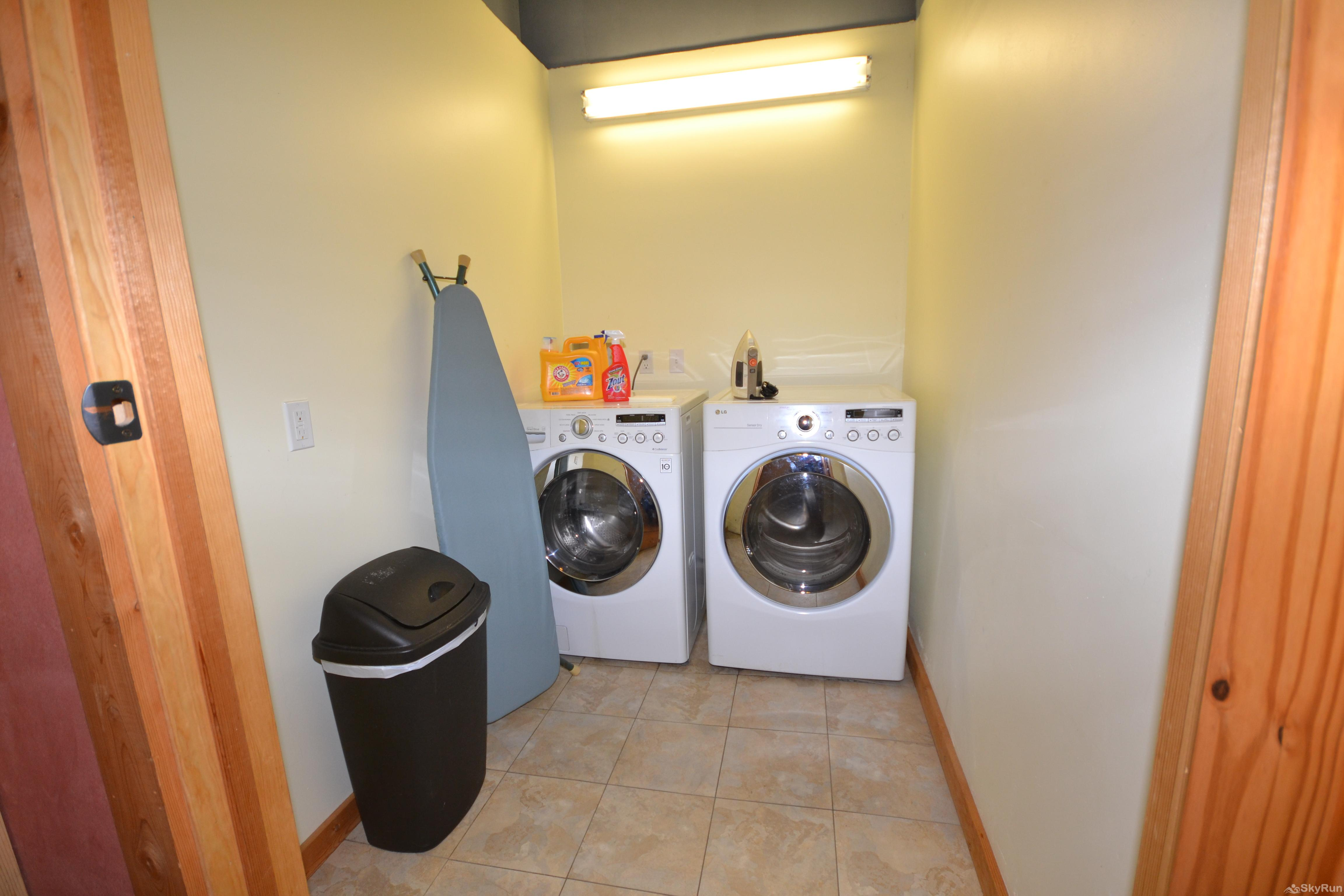 The Studio at Stillwater Mountain Lodge Shared washer and dryer