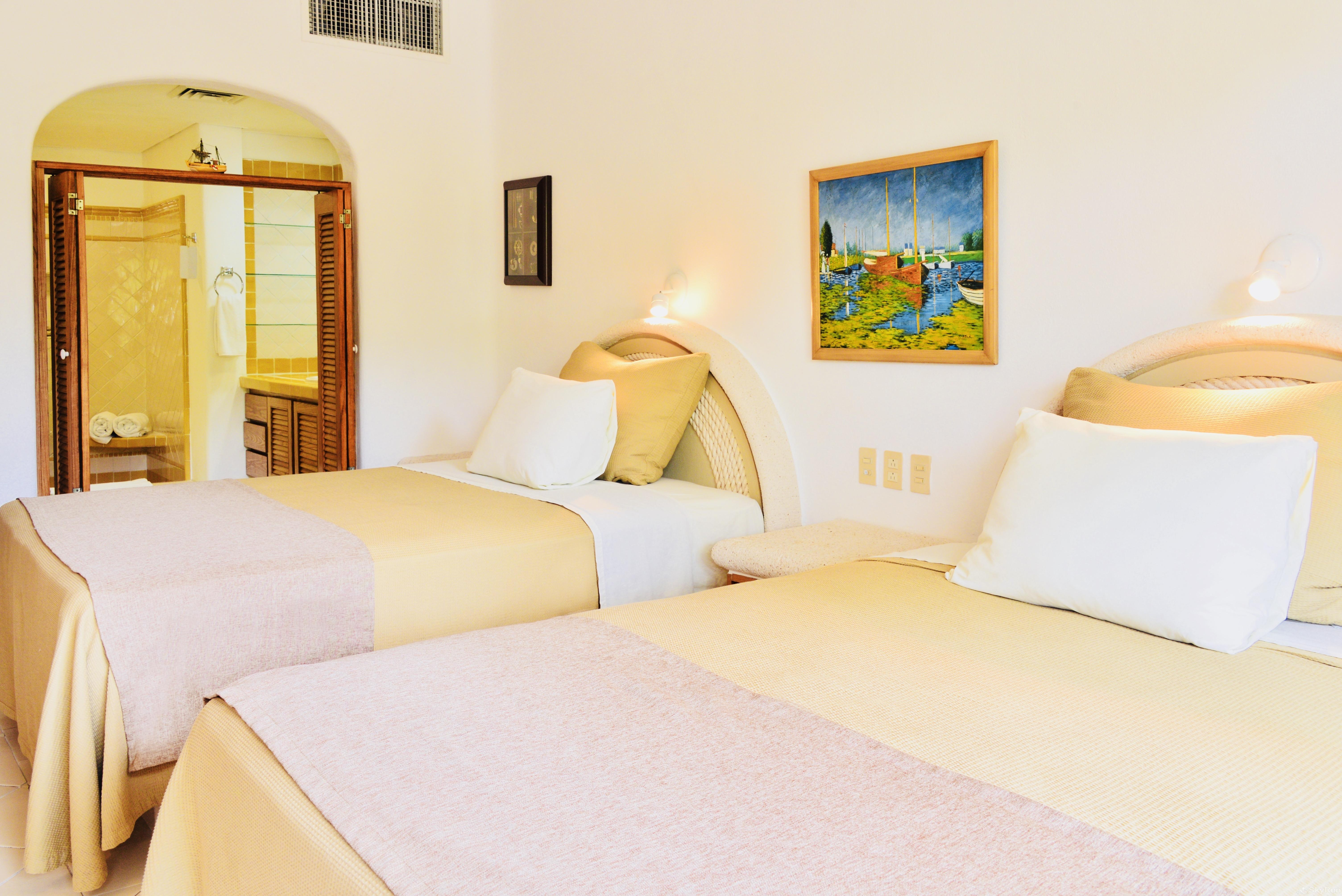 Beachfront  Villa 3 bedroom Tulum area Resort Style 2nd Bedroom 2 Queen Beds