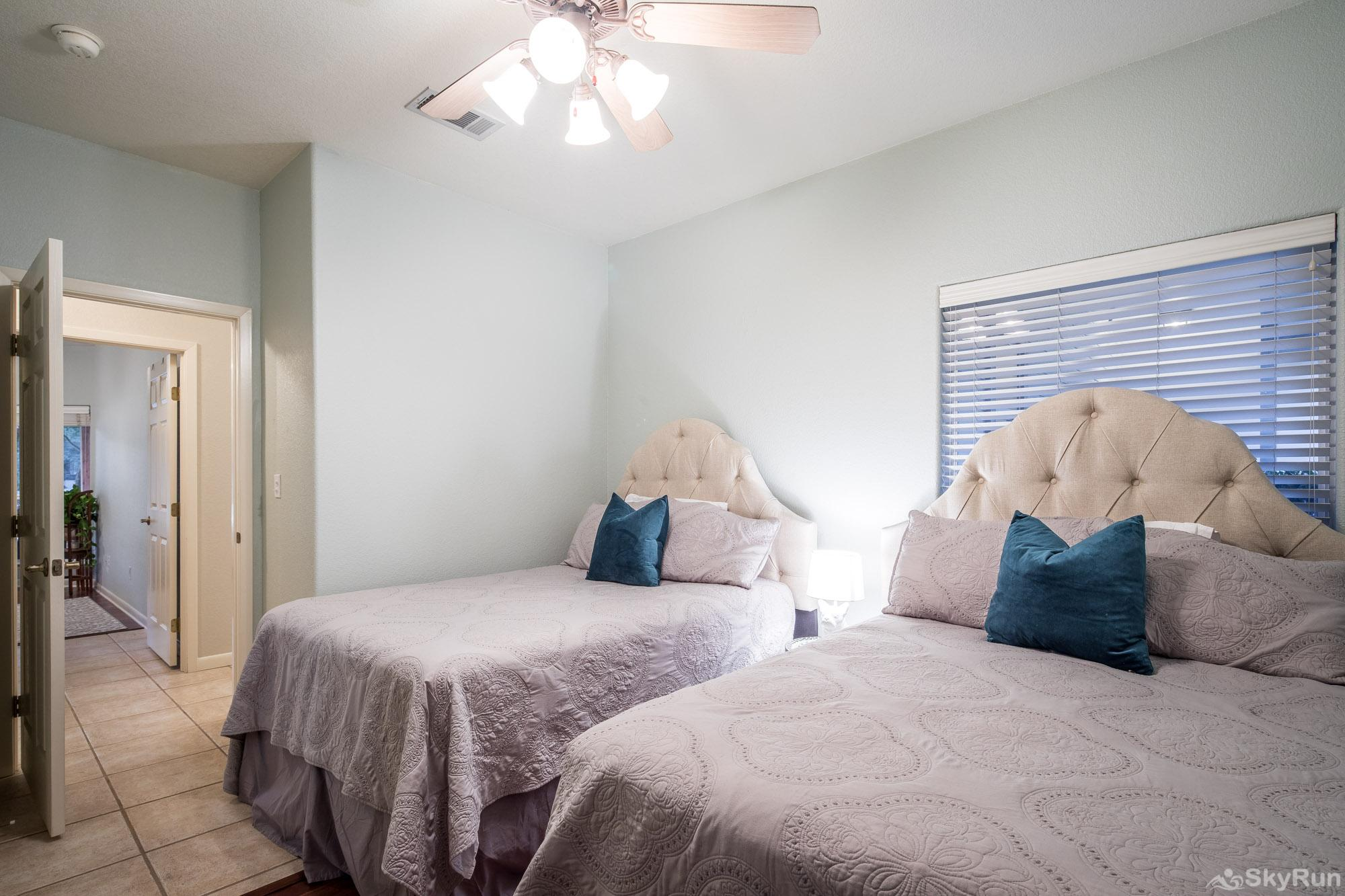 SERENITY SHORES Third Bedroom with Two Full Size Beds