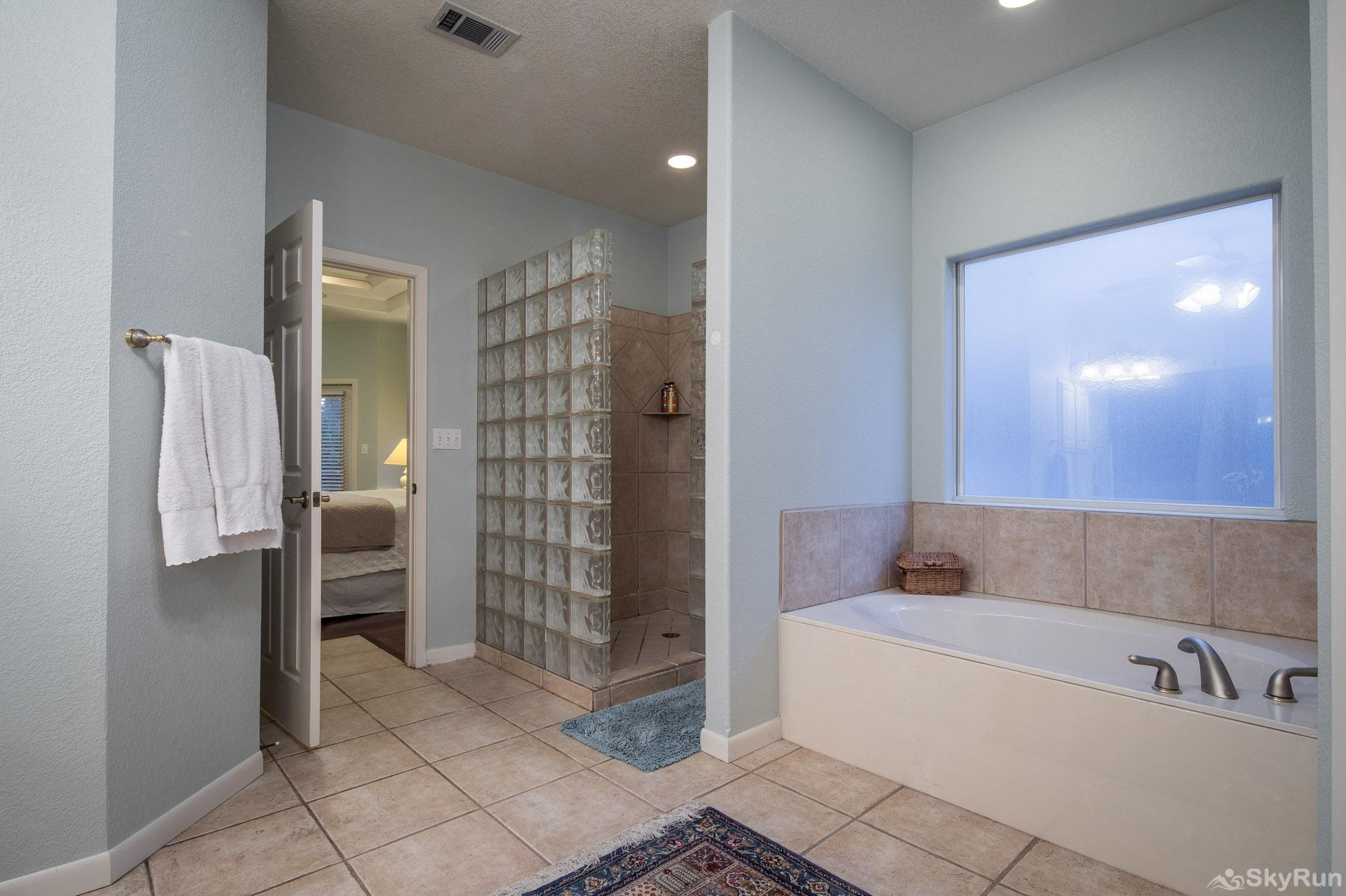 SERENITY SHORES Spacious Master Bathroom