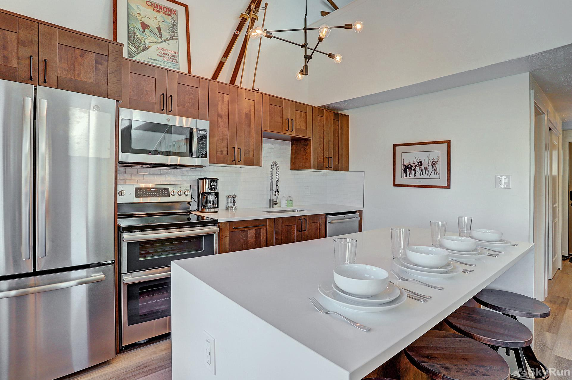 Lances West 13 Fully equipped kitchen updated with modern appliances