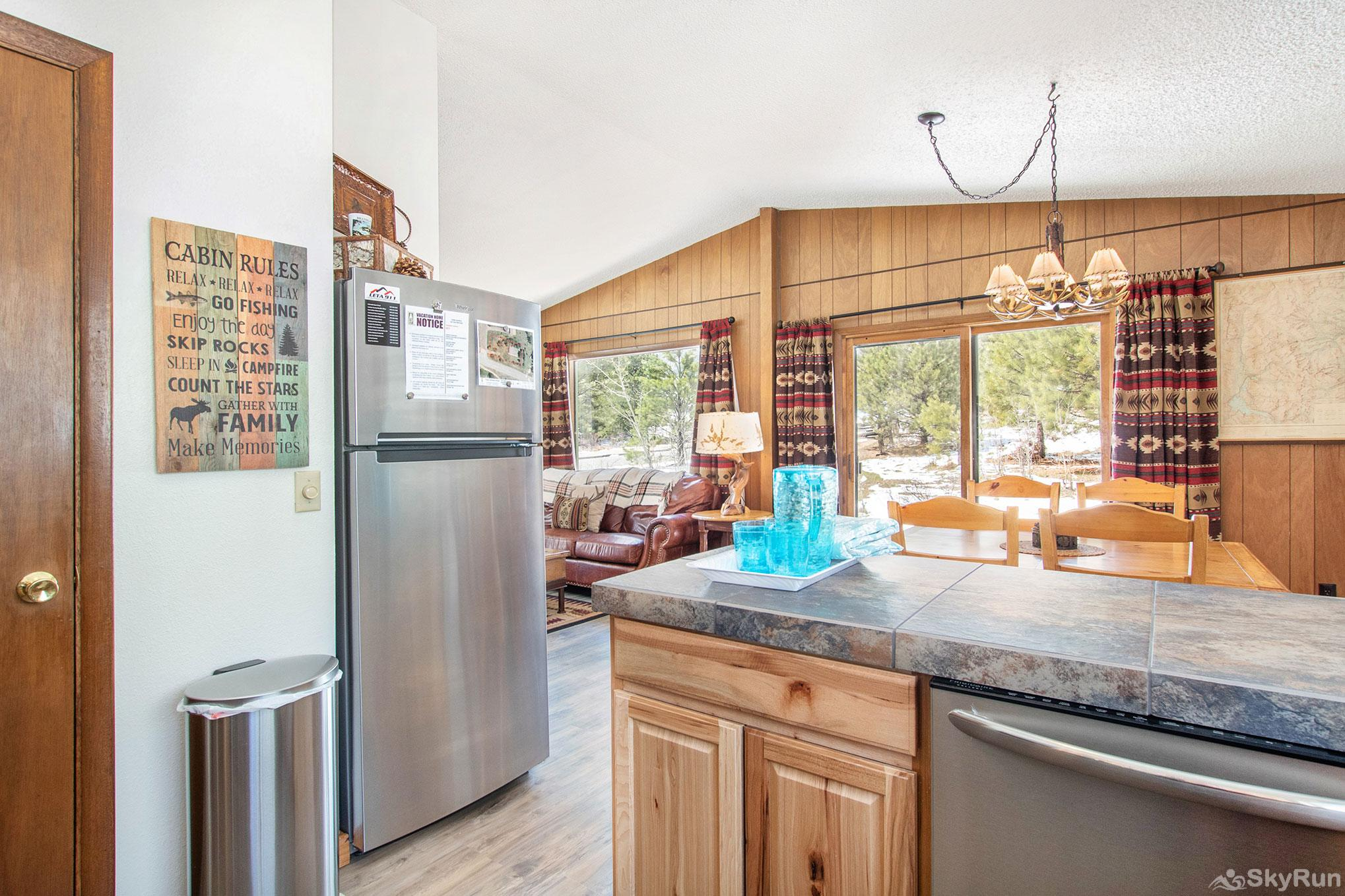 Kabina on Fish Creek- NEWLY REMODELED -- EV #3561