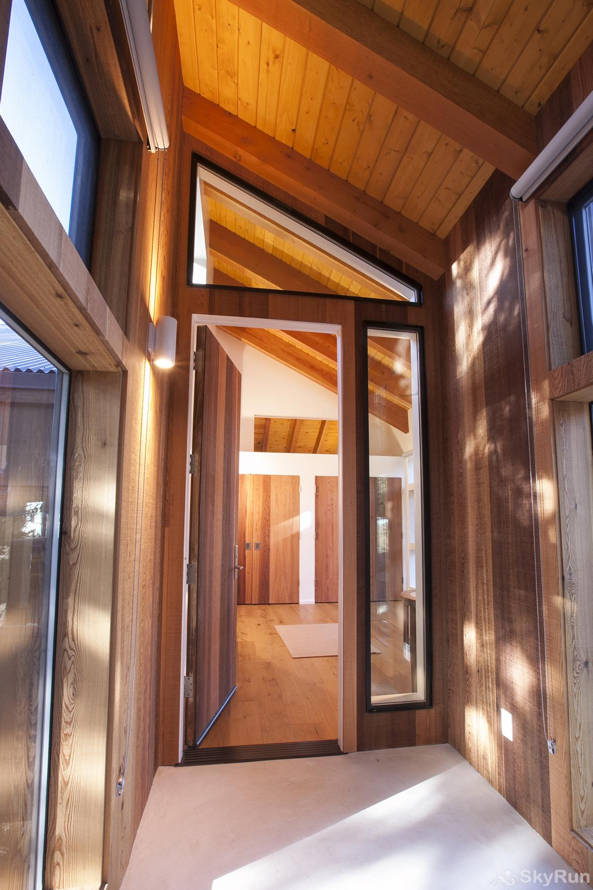 Trapper Mc Nutt  Modern Mountain Home Entrance-Mud/Wet Room