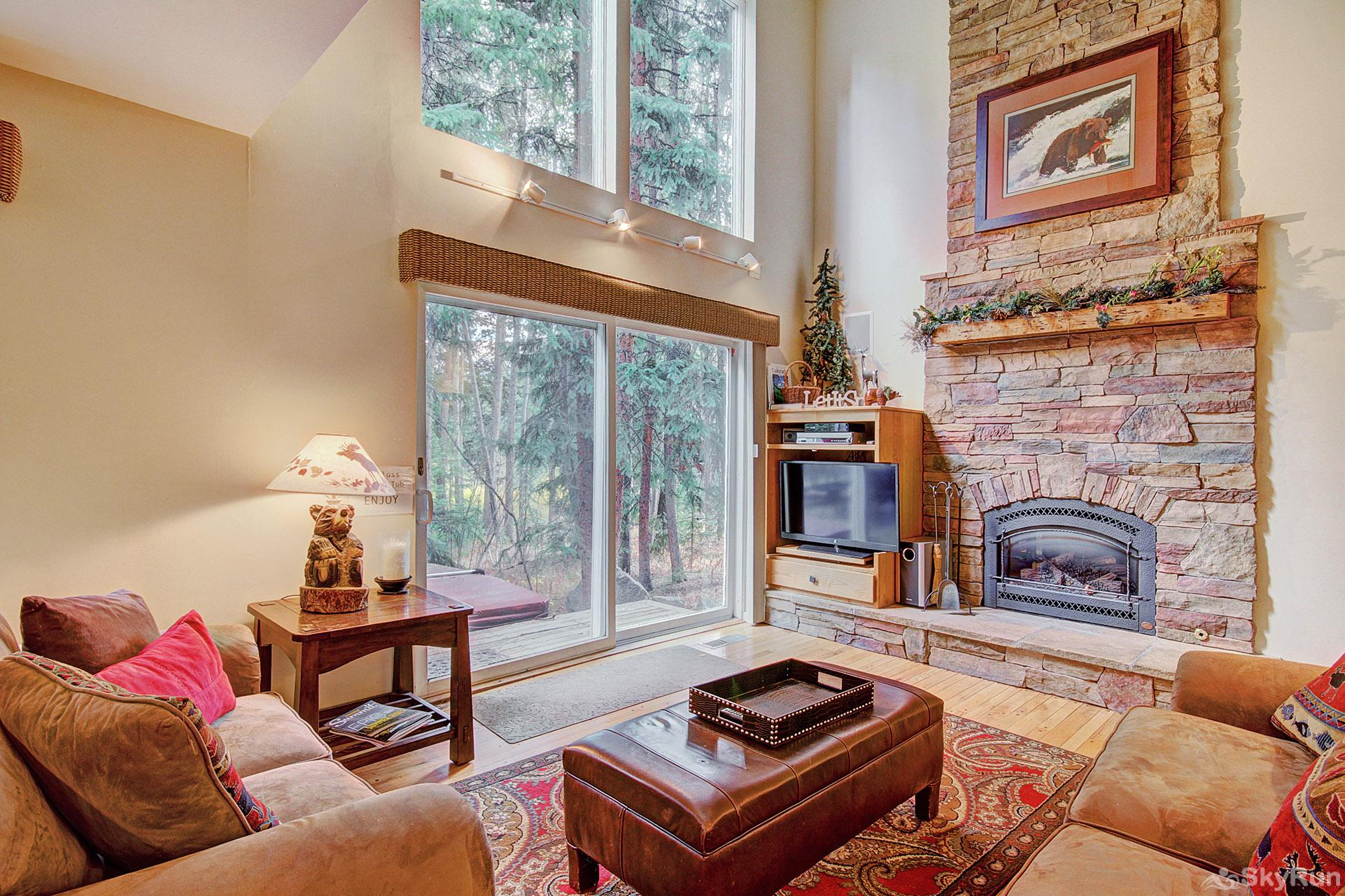 Peace In The Pines Cozy living room with gas fireplace and flat screen TV